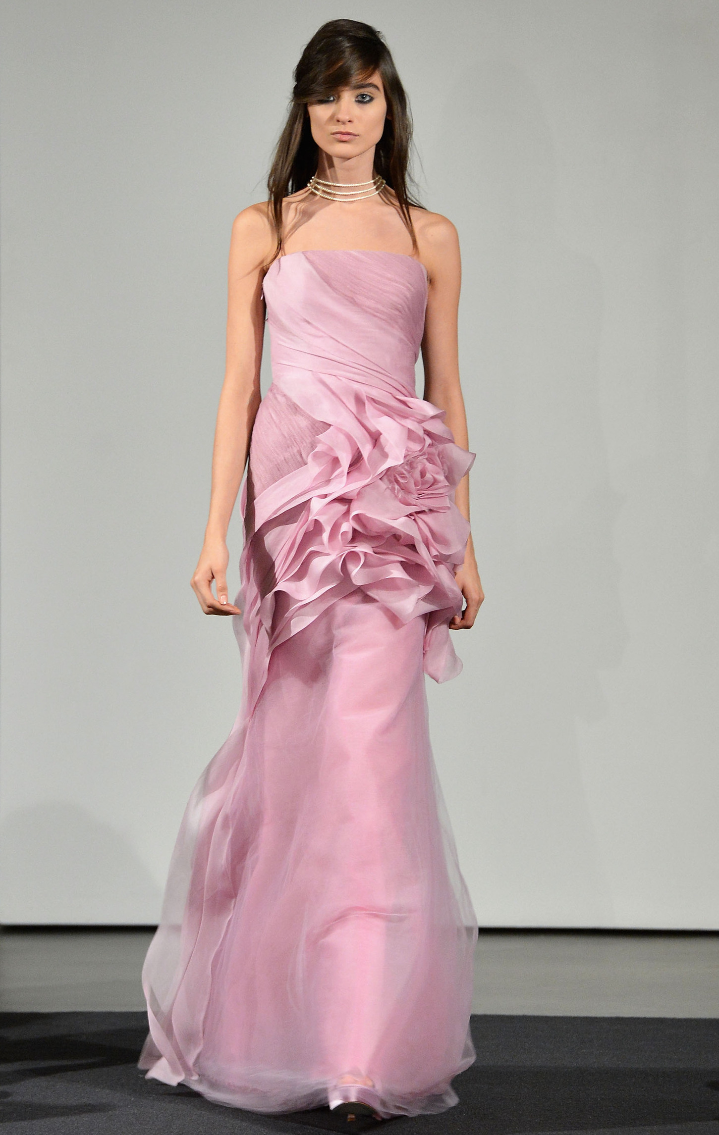 Fall bridal 2014: Only Vera Wang could send all PINK gowns down the ...