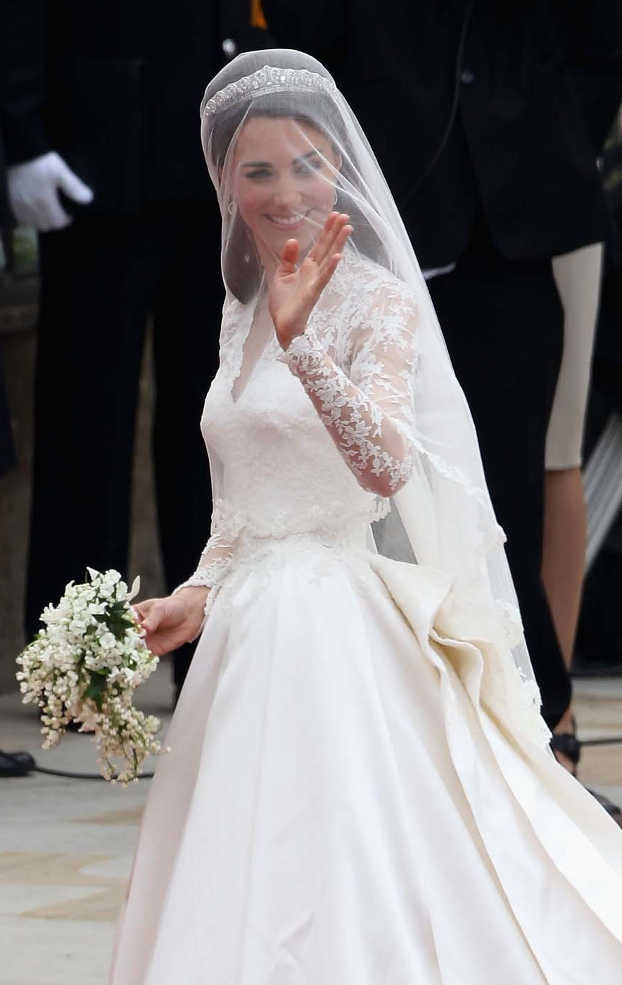 Women wearing wedding diapers - Want To Wear The Same Perfume As The Duchess Of Cambridge You Re In Luck Aol Lifestyle