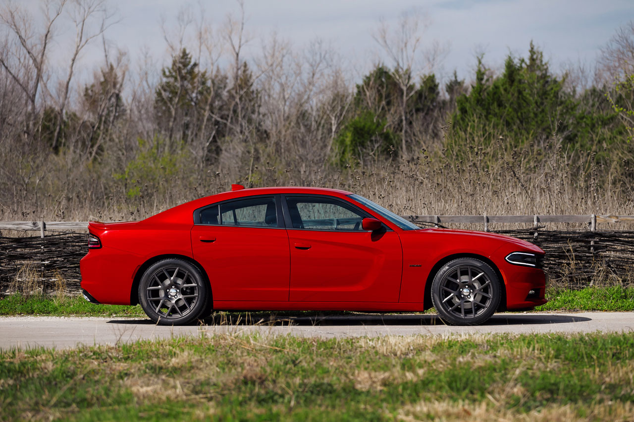 2015 dodge charger r t photos