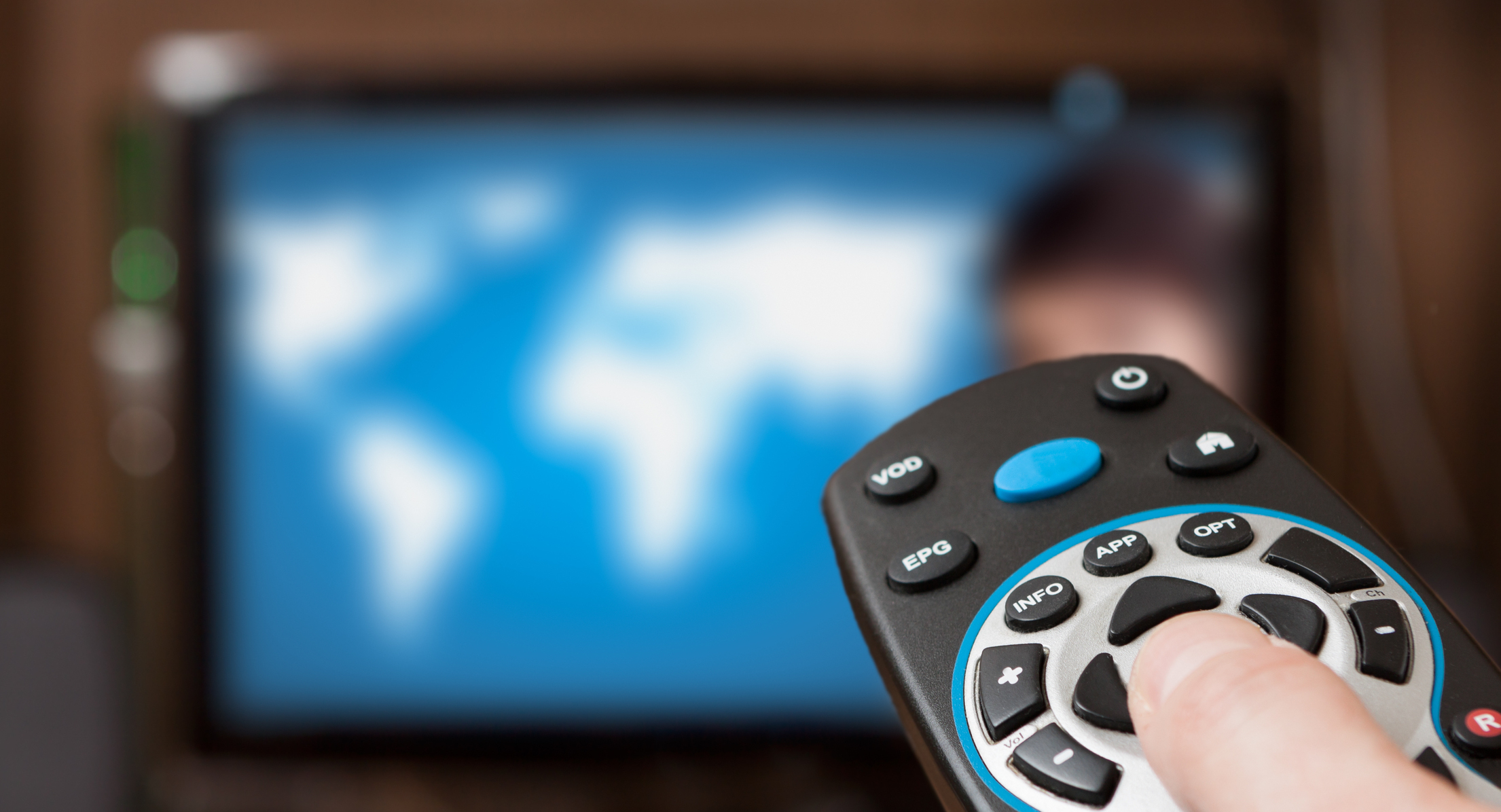 disadvantages of watching too much tv Momjunction gives you an insight about the good and bad effects of television on children and how a researchers in japan found that watching tv too much can alter.