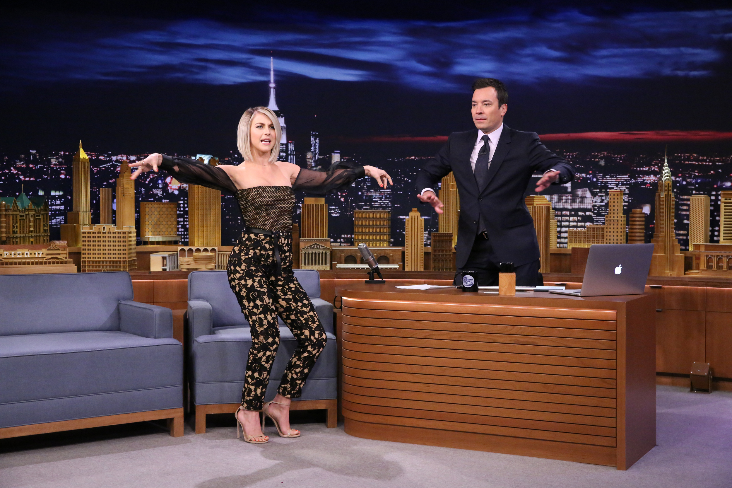Id Theft Protection >> Julianne Hough reveals her go-to dance move on the 'Tonight Show' - AOL Entertainment