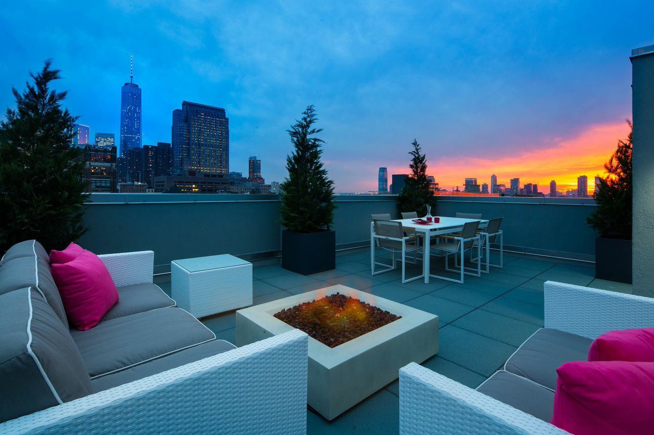 Million Dollar Listing\' Star Buys a Penthouse as a Surprise - AOL ...