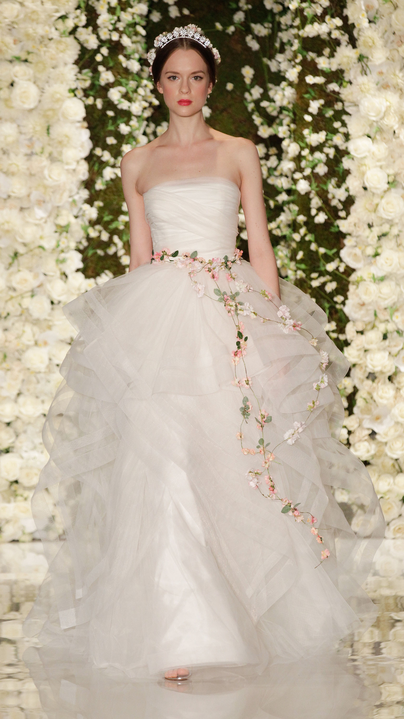 The most beautiful wedding gowns from Fall 2015 Bridal - AOL Lifestyle