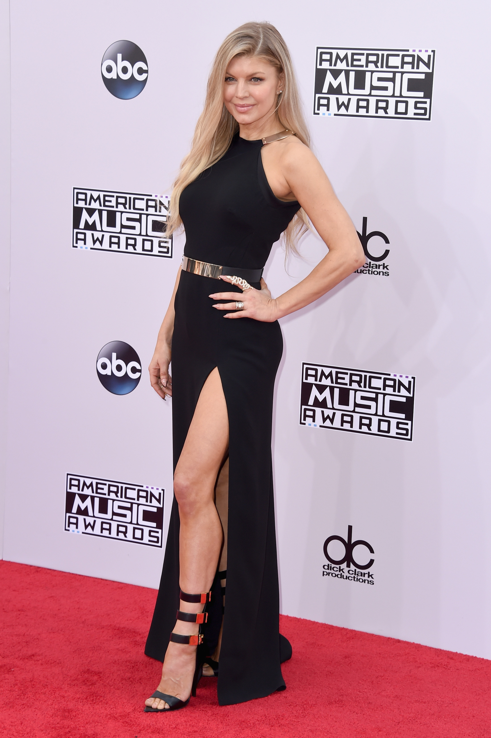All the best and worst looks from the American Music Awards