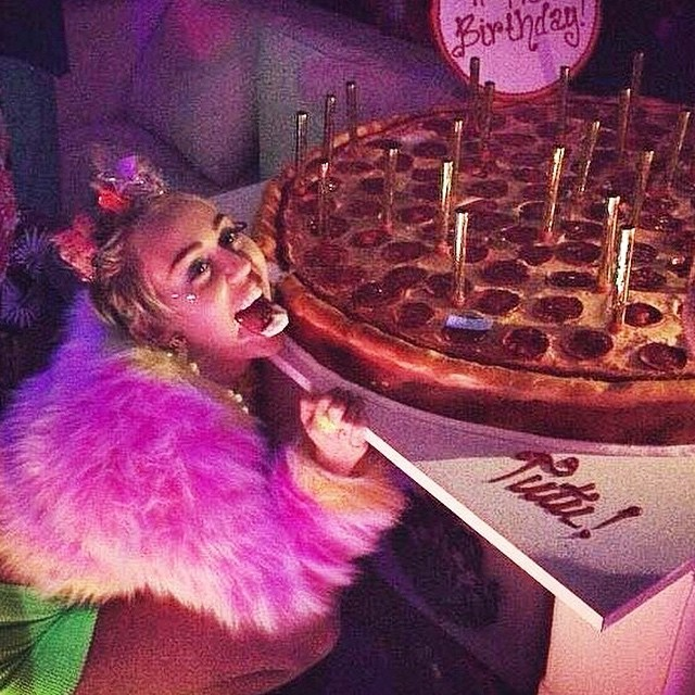 Miley Cyrus Celebrates 22nd Birthday With Pizza Cake And Patrick