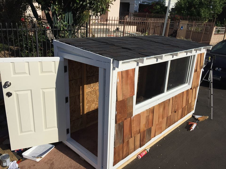 Man builds a tiny house for a homeless woman and made a big impact