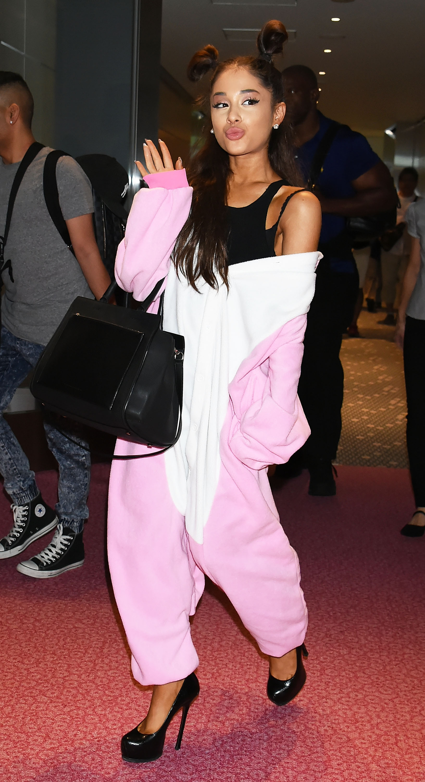 Ariana grande tops fashion fails list with bizarre onesie aol entertainment