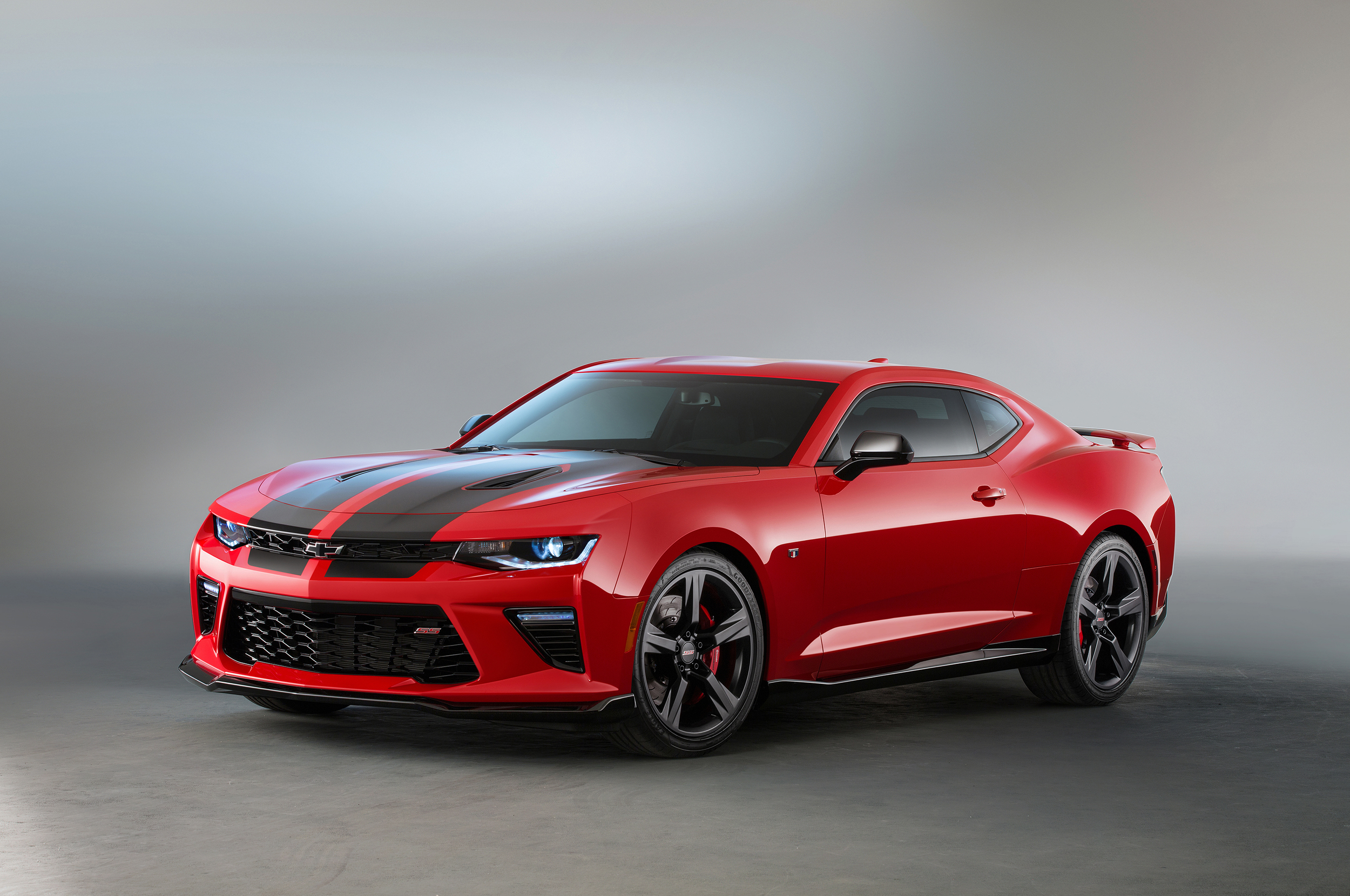 chevy camaro red and black accent concepts autoblog 日本版