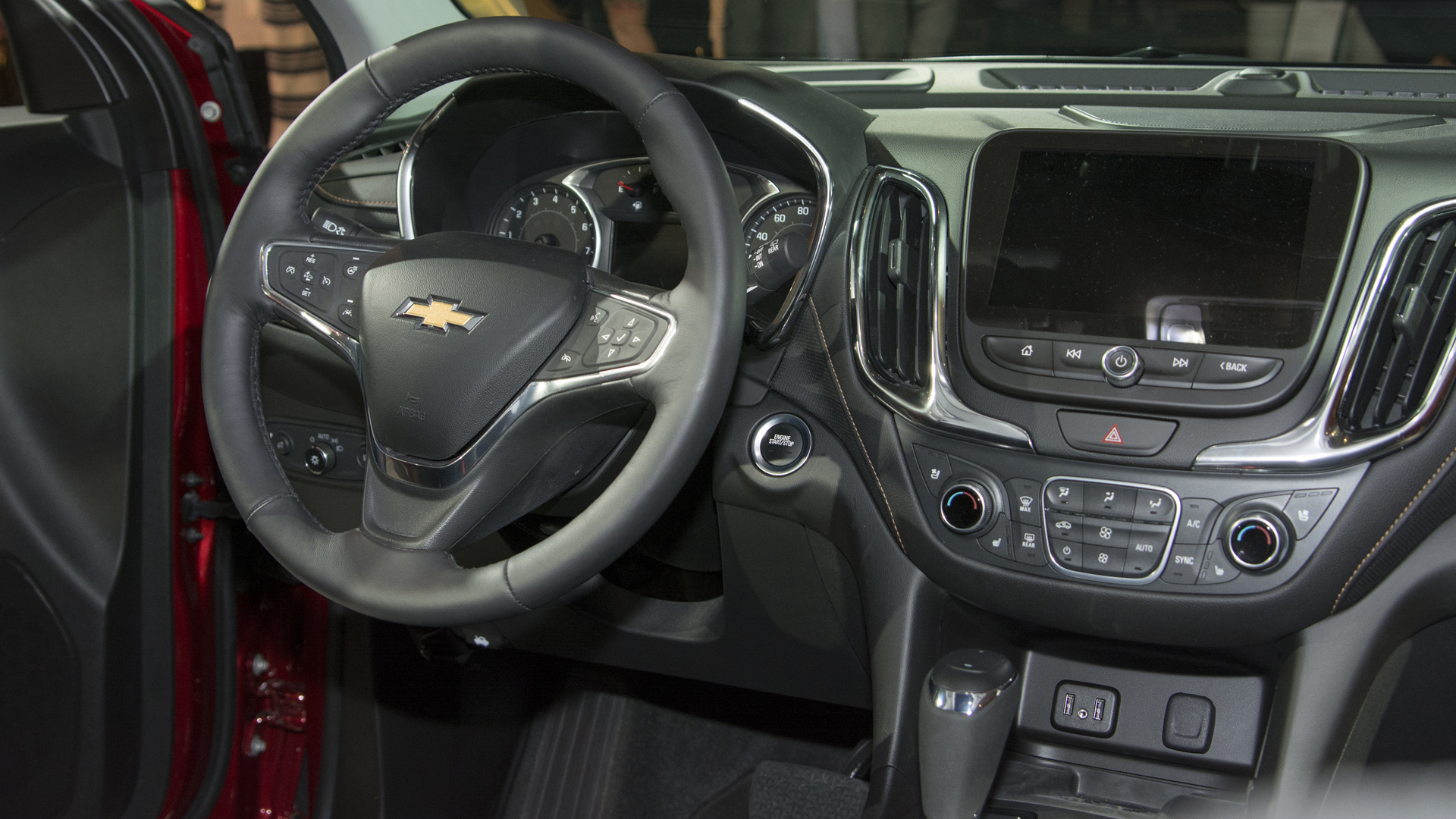 2018 chevy equinox gains turbo power and an optional diesel nasioc. Black Bedroom Furniture Sets. Home Design Ideas