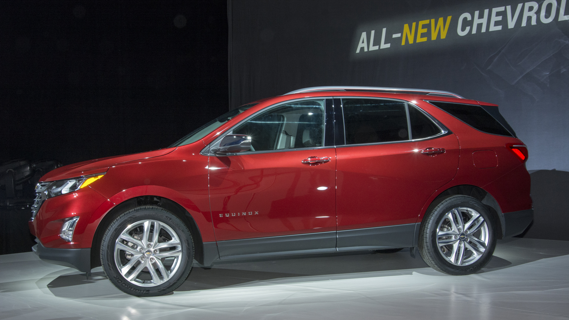 2018 Chevy Equinox gains turbo power and an optional ...