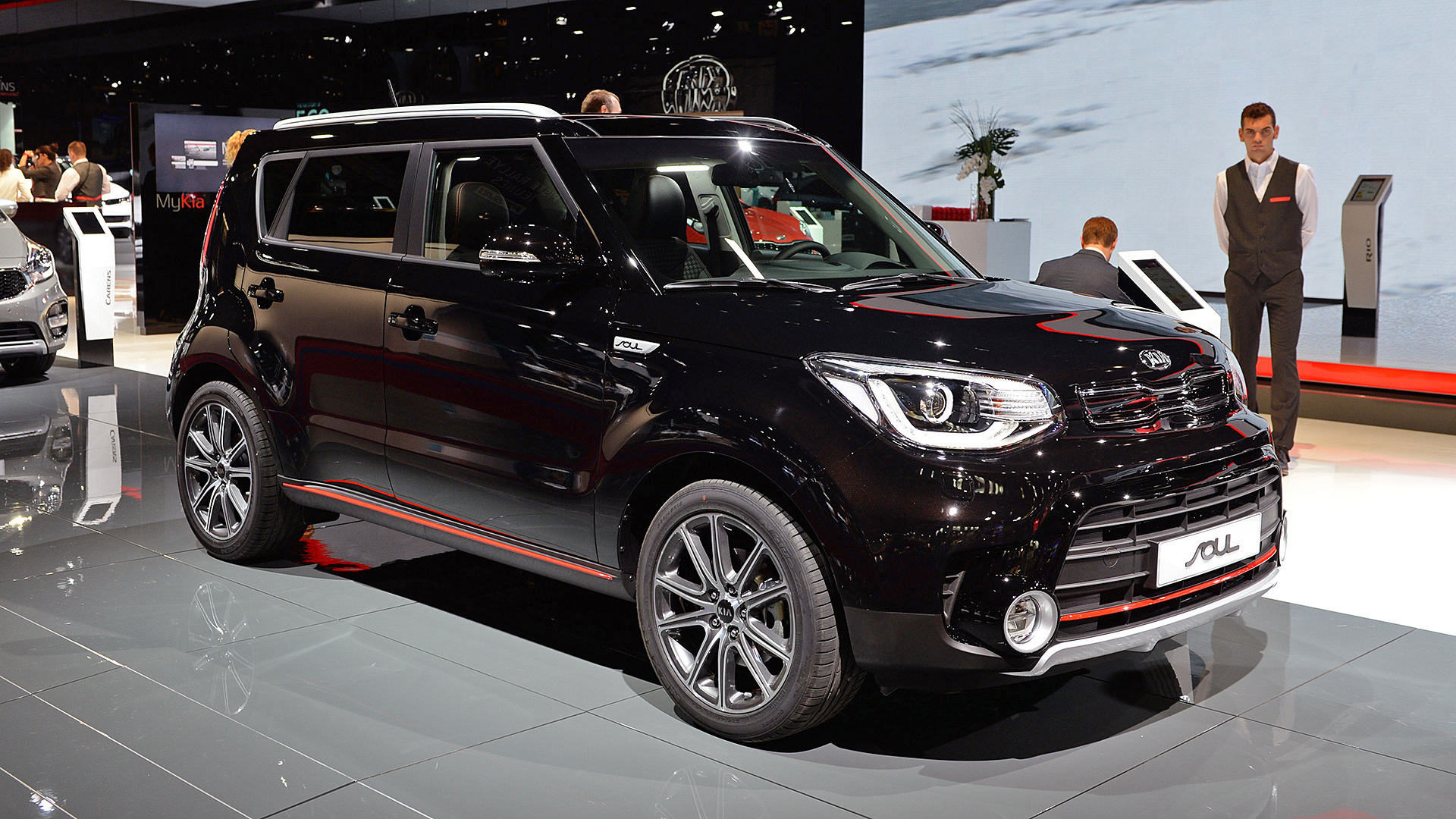 unveiled 2013 kia soul ii. Black Bedroom Furniture Sets. Home Design Ideas