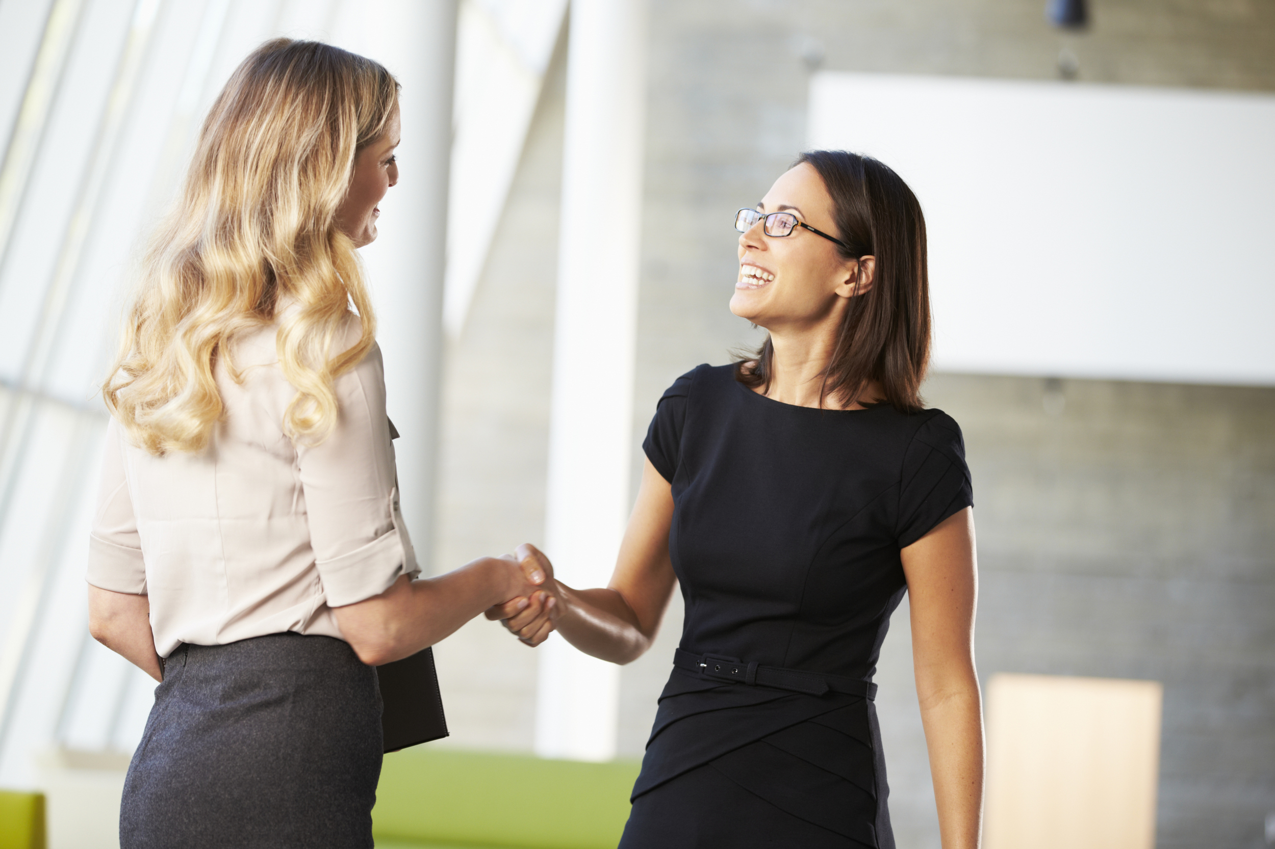 7 body language tricks that are hard to master but will pay off forever