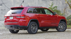 Buy this instead of a Wrangler  2017 Jeep Grand Cherokee