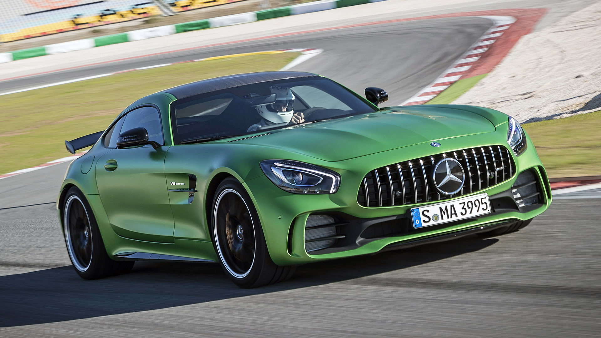 The Downforce Awakens 2018 Mercedes Amg Gt R First Drive Autoblog