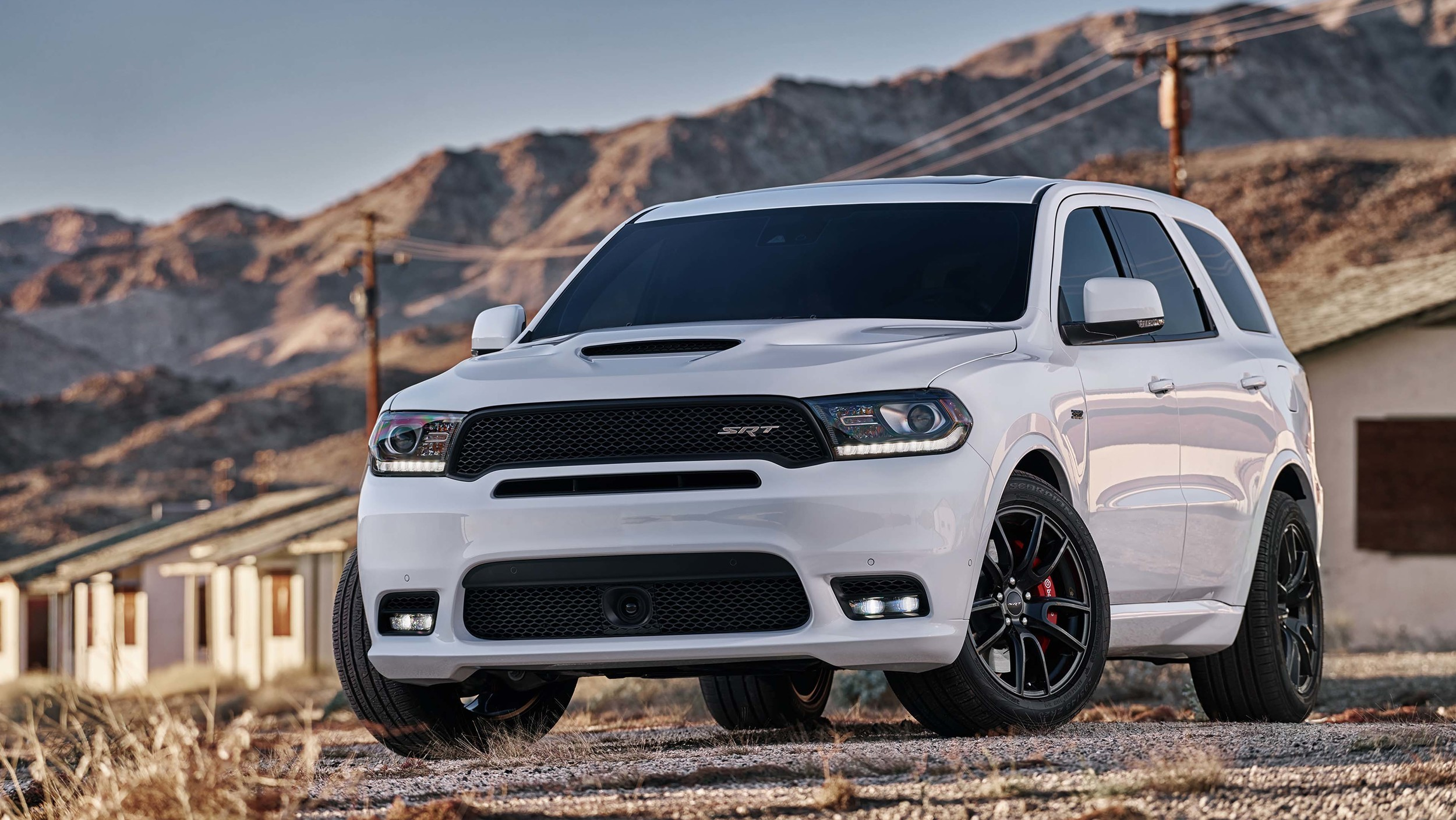 2018 dodge durango srt revealed with a 475 hp 470 lb ft 6 4 liter v8 a 0 60 of 4. Black Bedroom Furniture Sets. Home Design Ideas