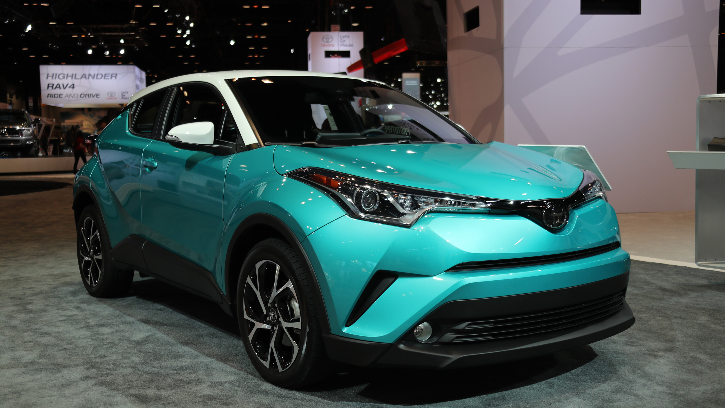 The 2018 Toyota C-HR will get a contrasting-color roof ...