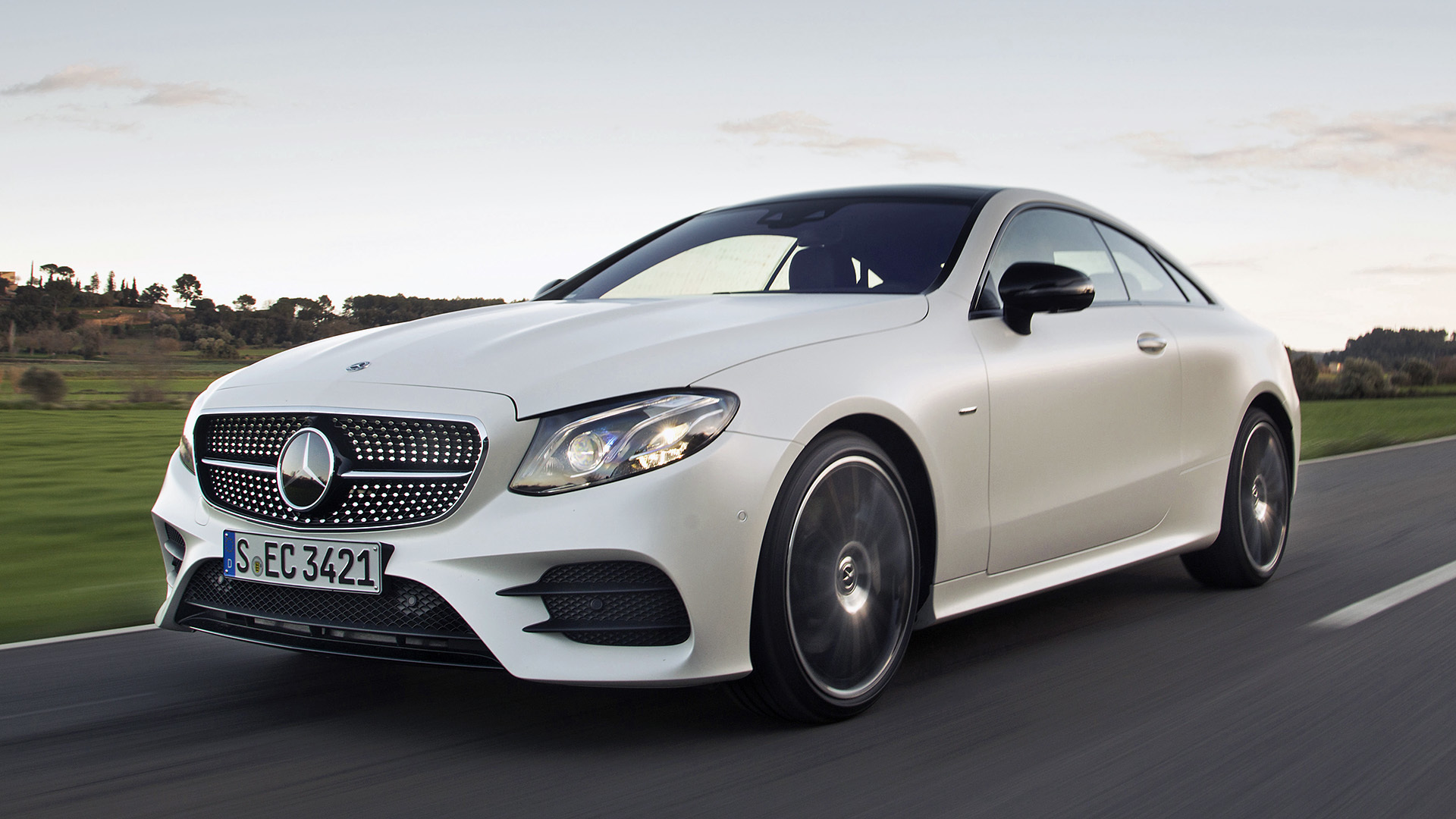 What are some nice looking 2 door cars for Nice mercedes benz