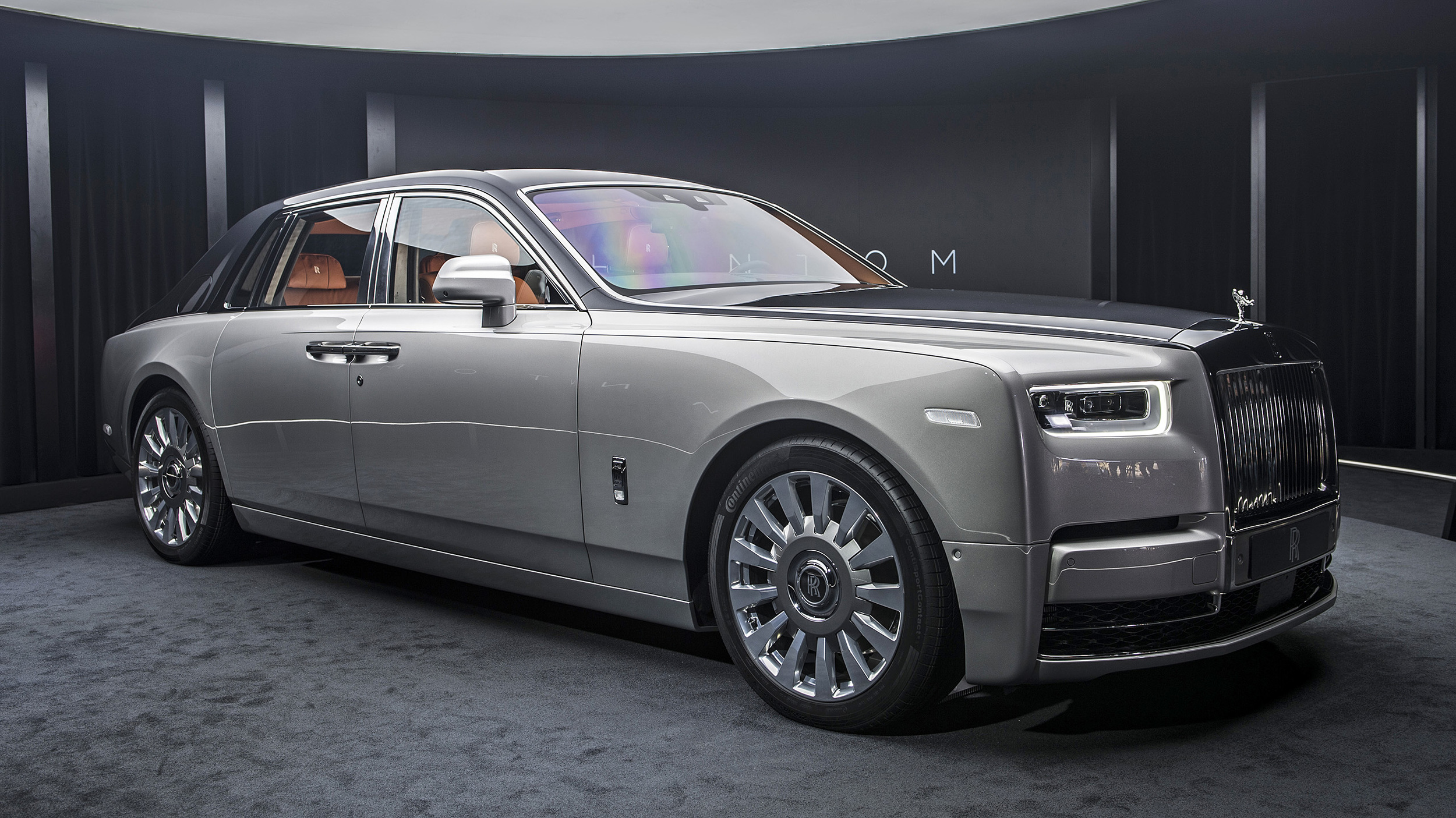 2018 Rolls-Royce Phantom VIII First Look | It's all new ...