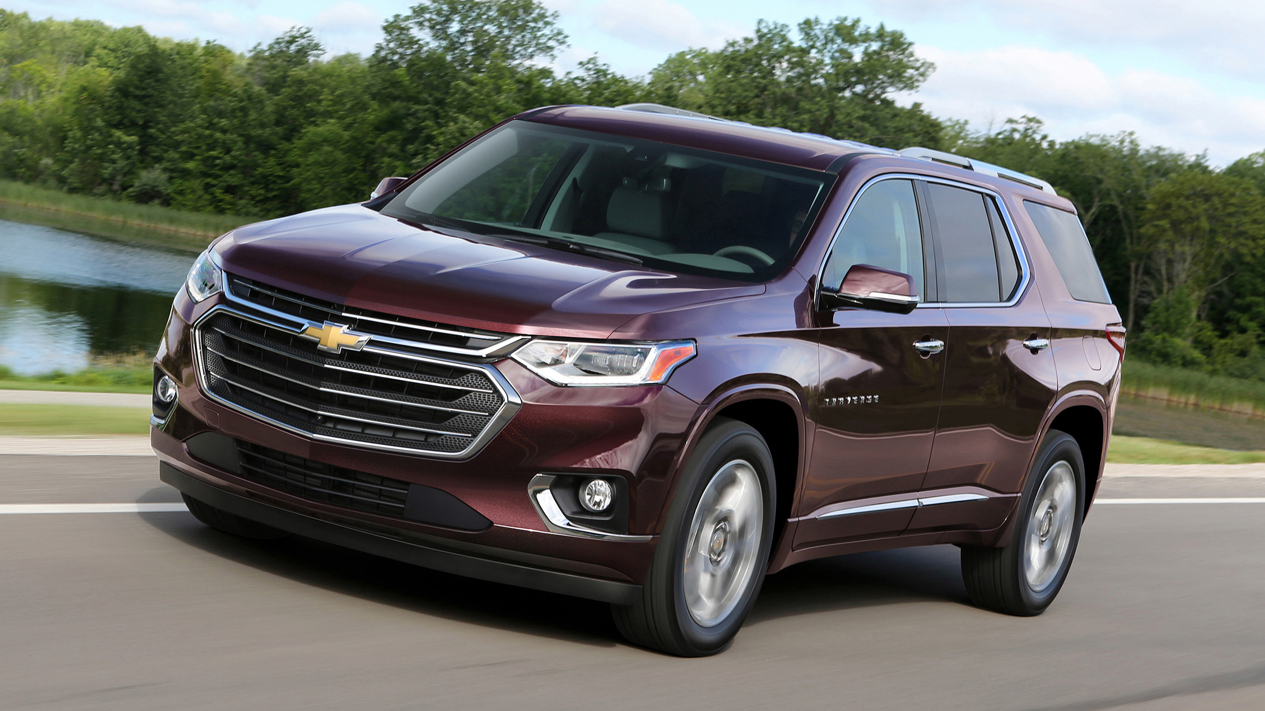 2018 Chevy Traverse First Drive | Bigger, but not the best | Autoblog