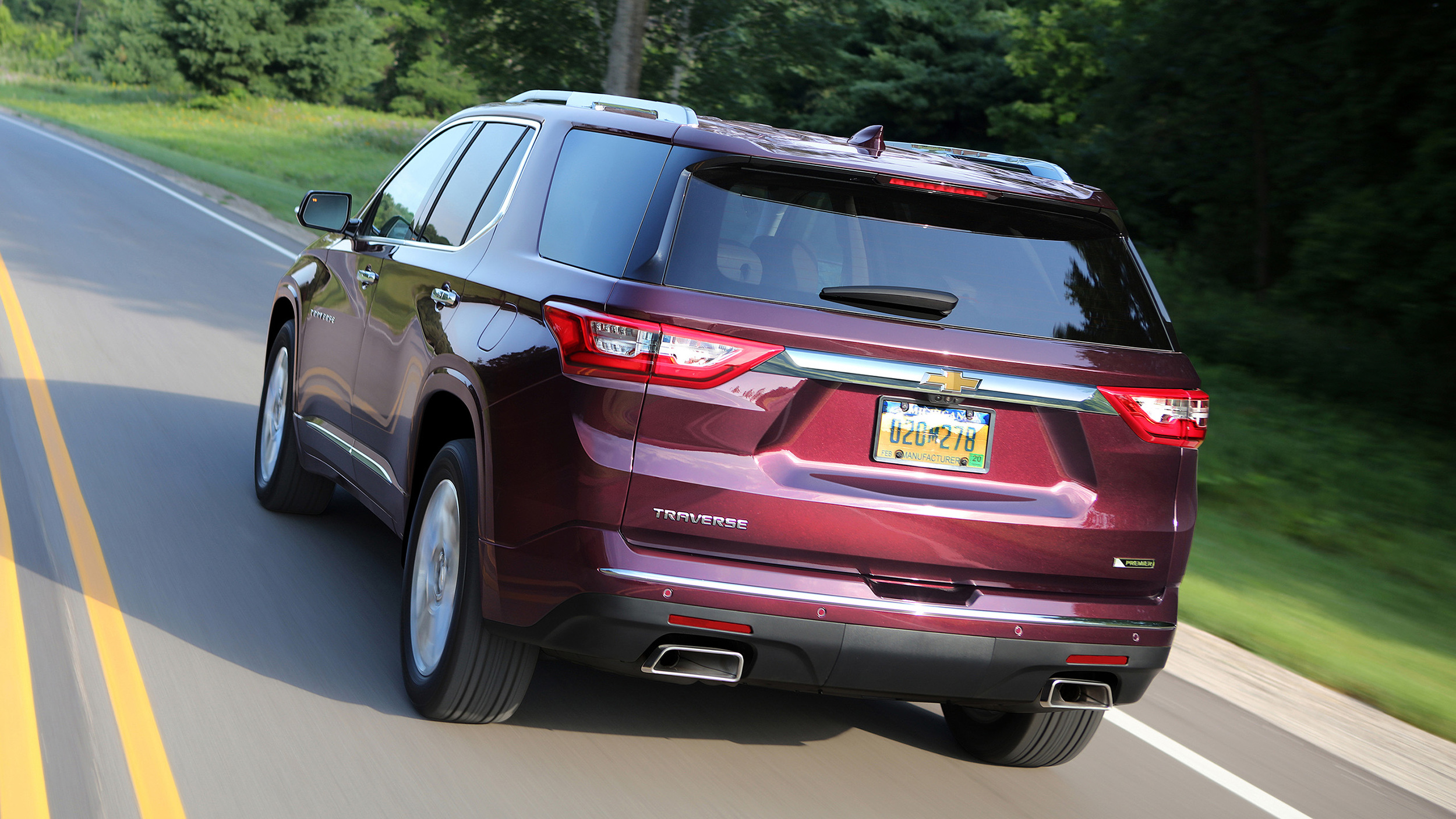 2018 Chevy Traverse First Drive | Bigger, but not the best ...