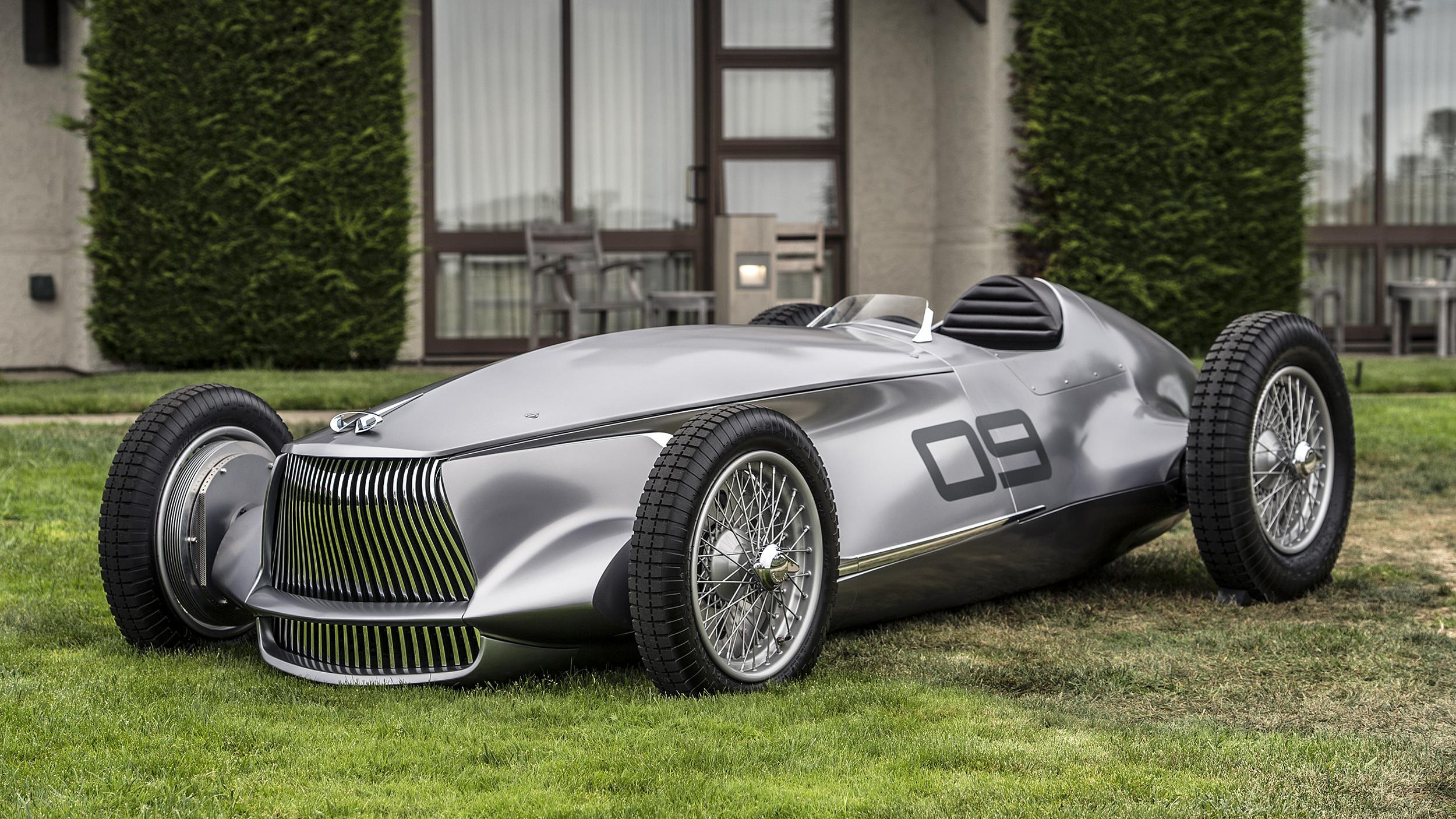 infiniti promises ev  series hybrids in 2021