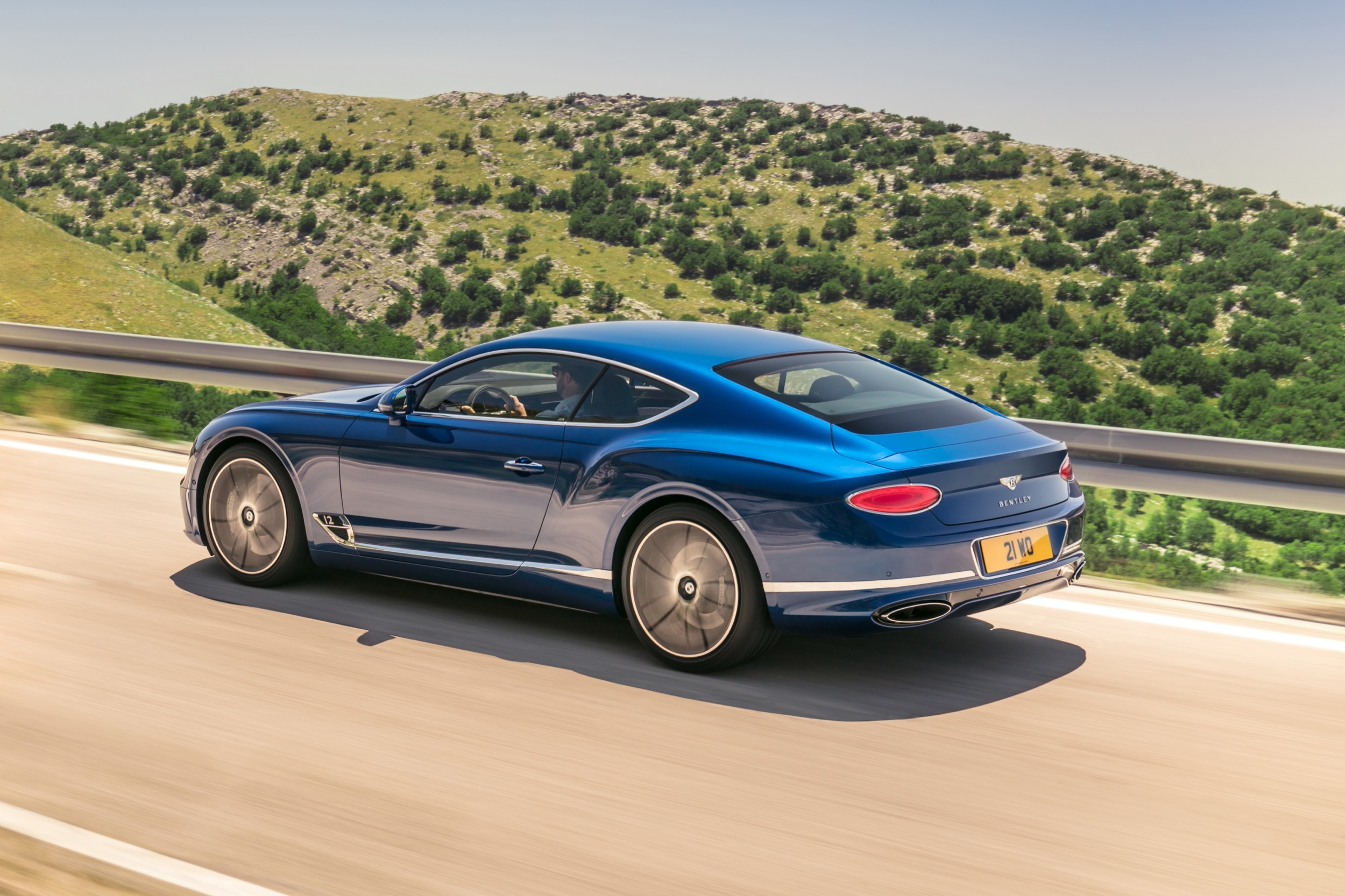 for top quarter guide sale car used continental gear rear buyers spur review bentley flying reviews prevnext