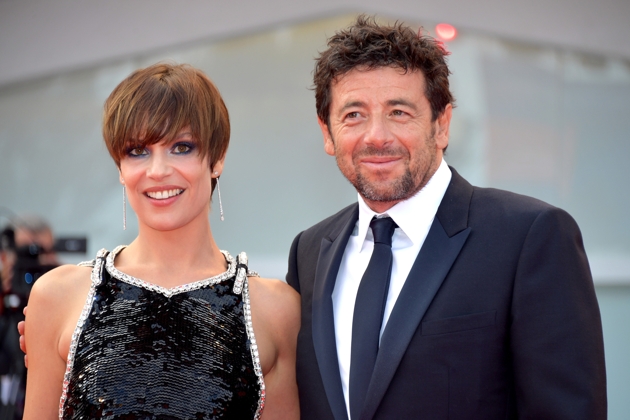 patrick bruel avec micaela ramazzoti la mostra de venise. Black Bedroom Furniture Sets. Home Design Ideas