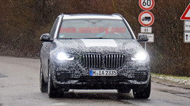 new bmw x5 crossover shown testing in spy photos autoblog. Black Bedroom Furniture Sets. Home Design Ideas