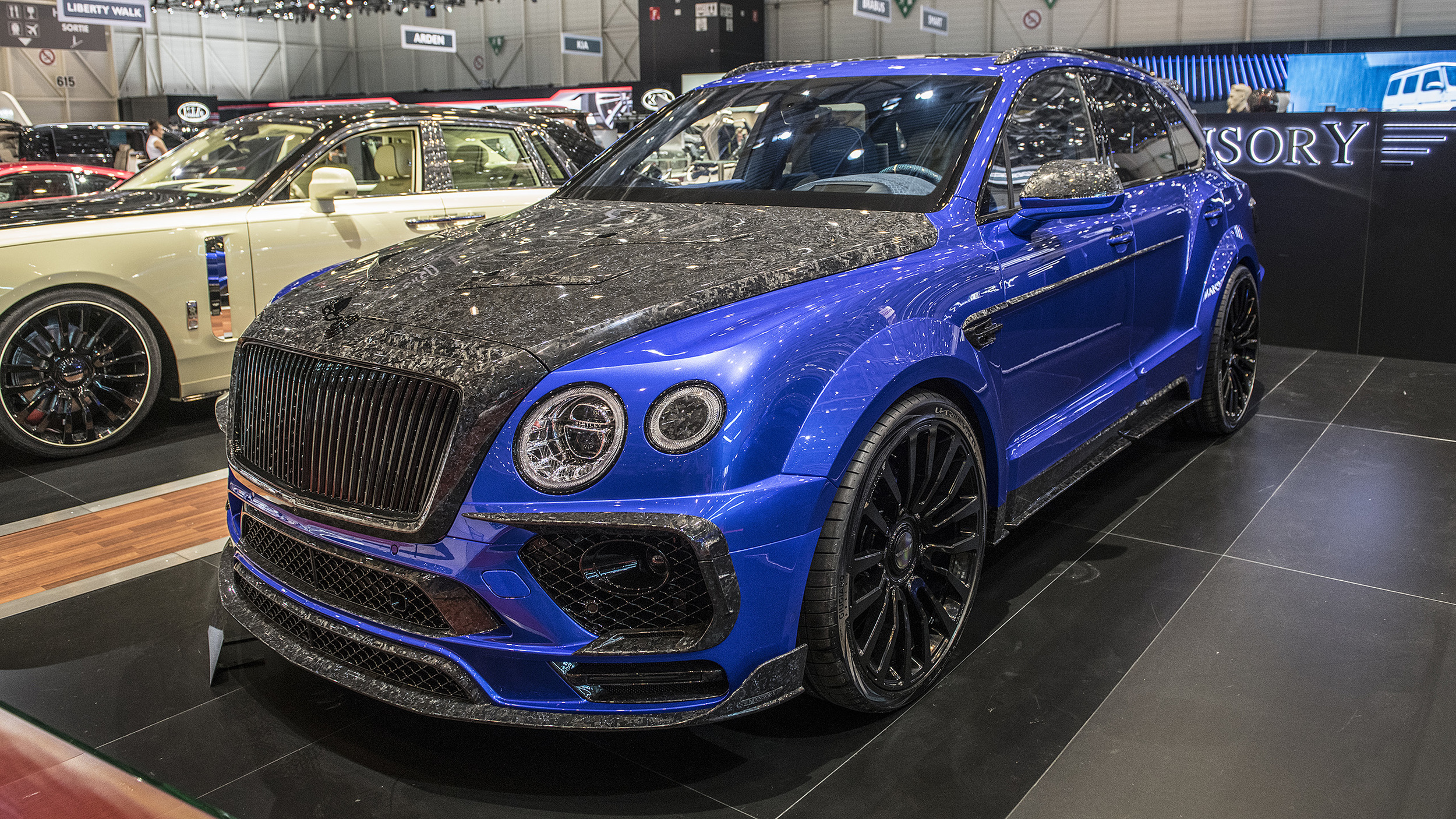 Mansory Bleurion Edition Bentley Bentayga Geneva 2018 Photo Gallery Autoblog