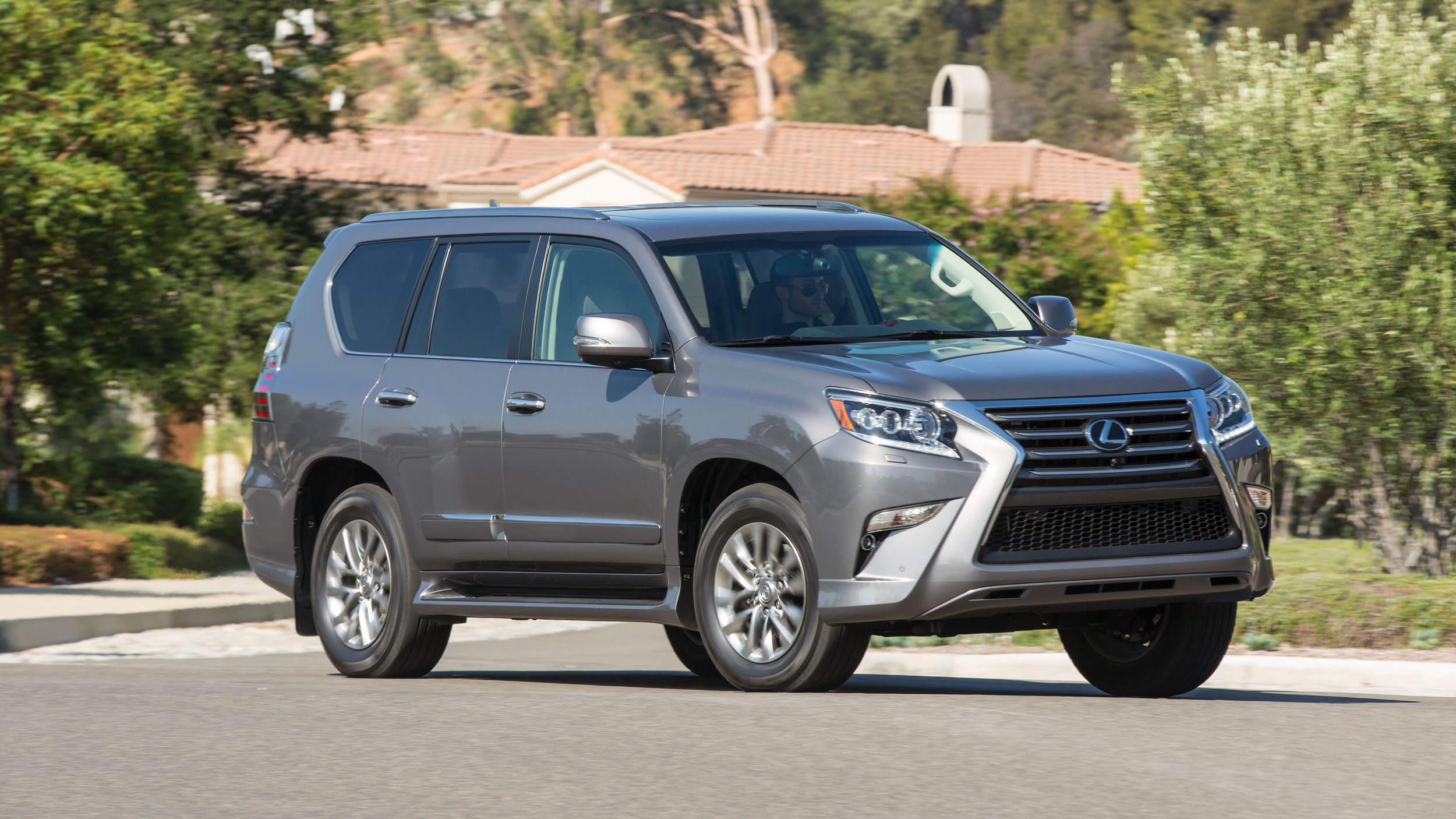 2018 Lexus GX 460 is a rugged but dated old-school SUV | Autoblog