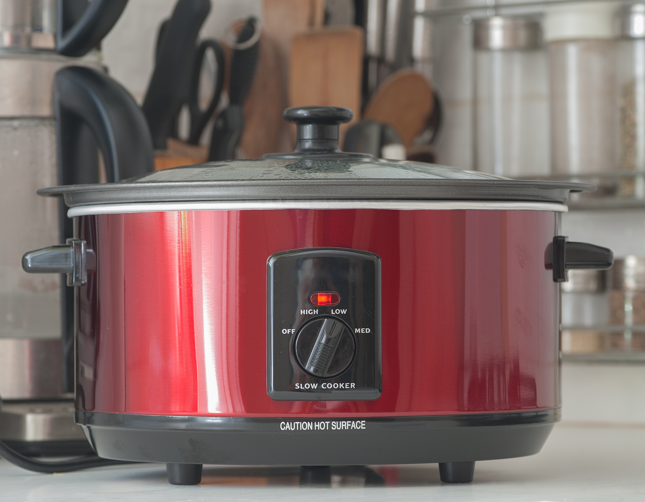 6 things everyone who uses a slow cooker should know
