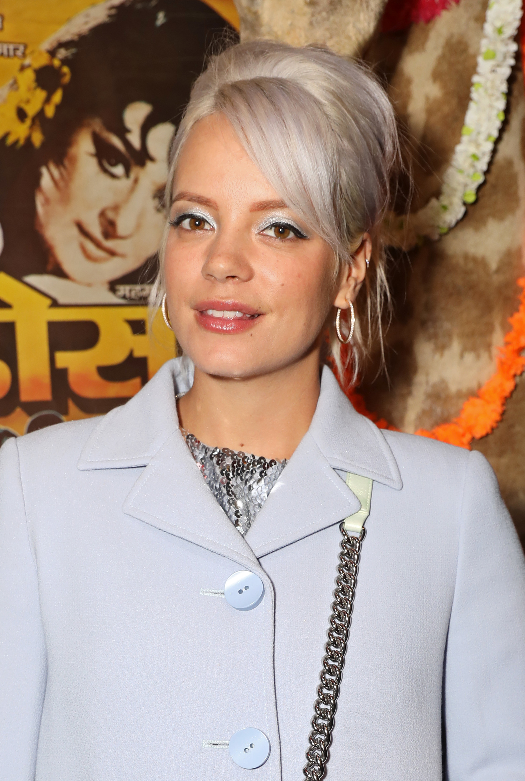 Lily Allen admits to flings with Zoe Kravitz & other celebs in new tell-all book