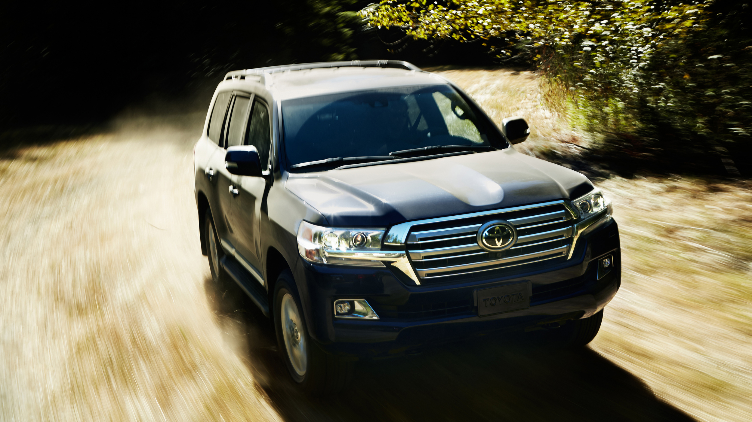 2018 Toyota Land Cruiser quick spin review | Autoblog