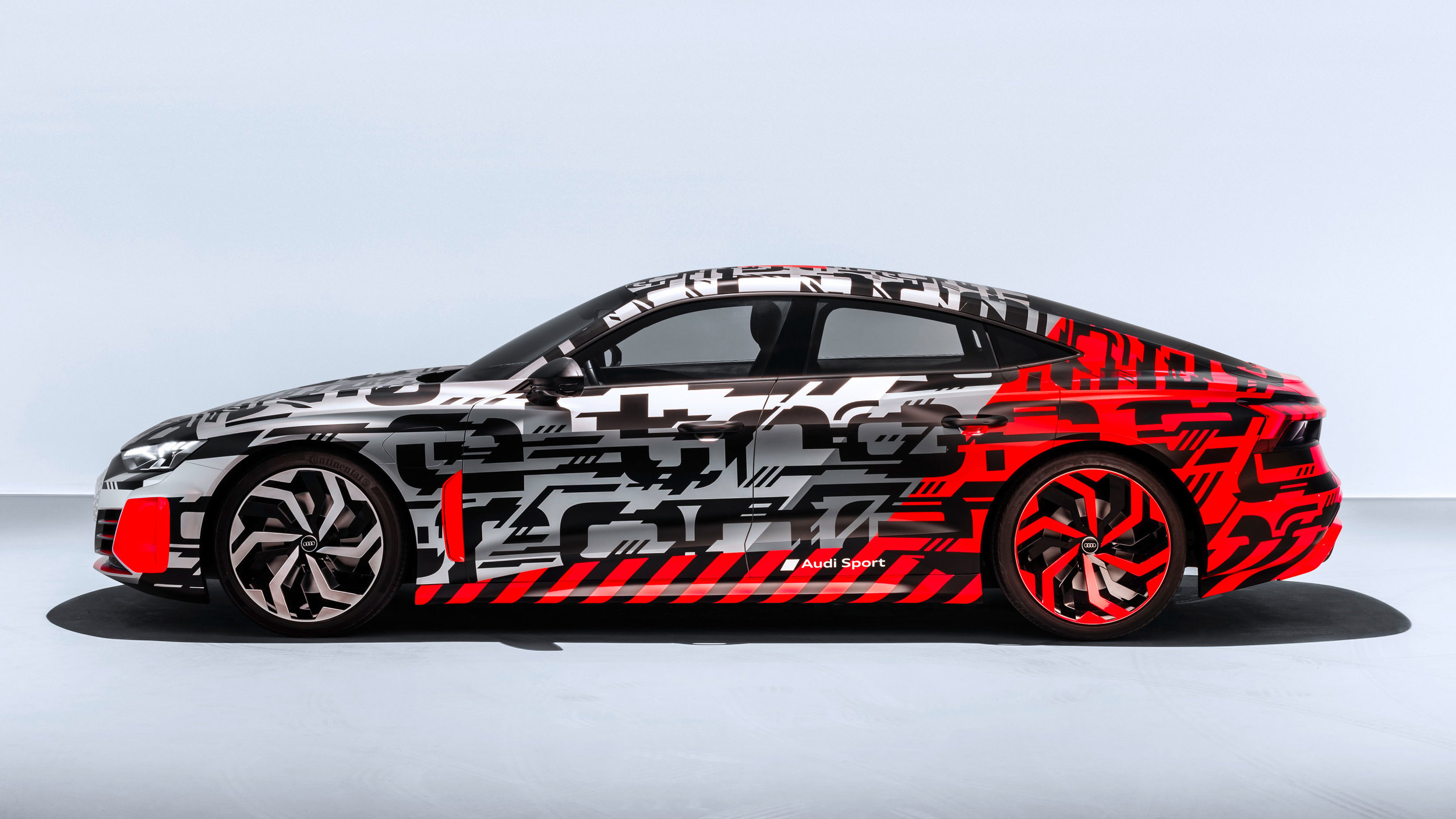 Audi shows us the E-Tron GT Concept before its full reveal ...