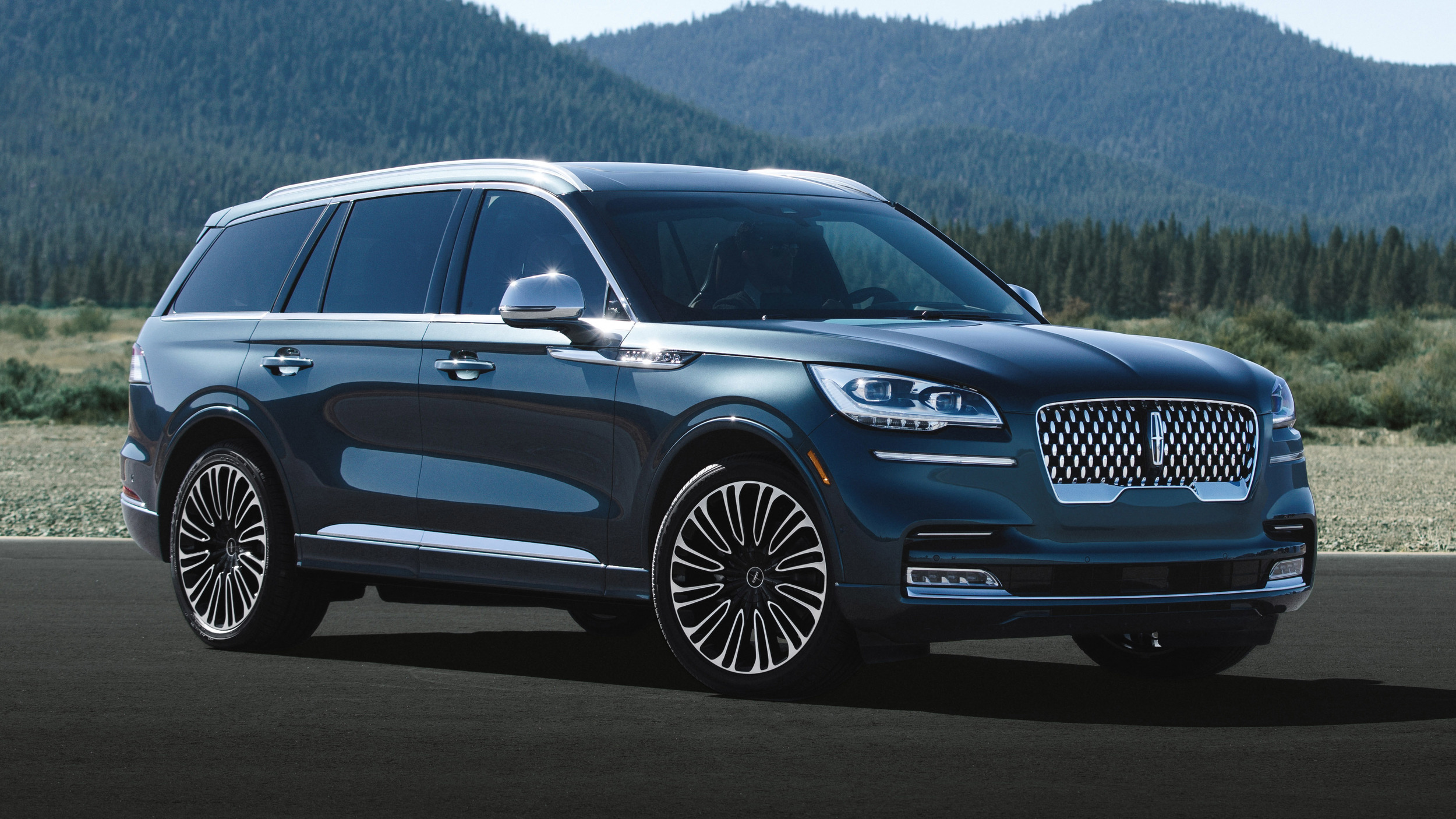 lincoln aviator reviews price specs features   video autoblog