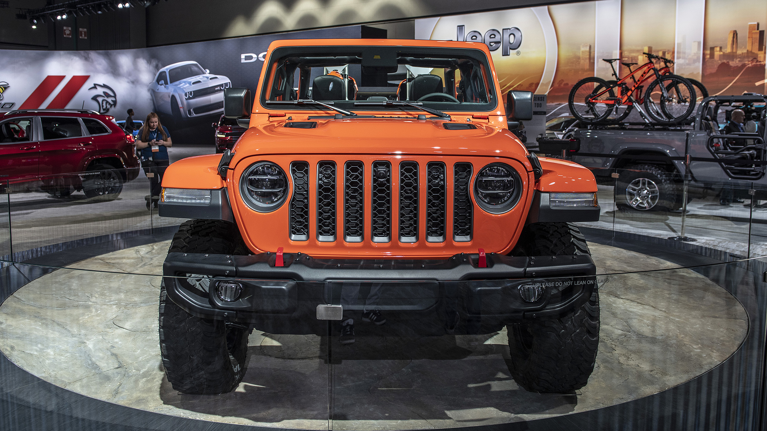 2020 Jeep Gladiator pickup truck's full specs and photos ...
