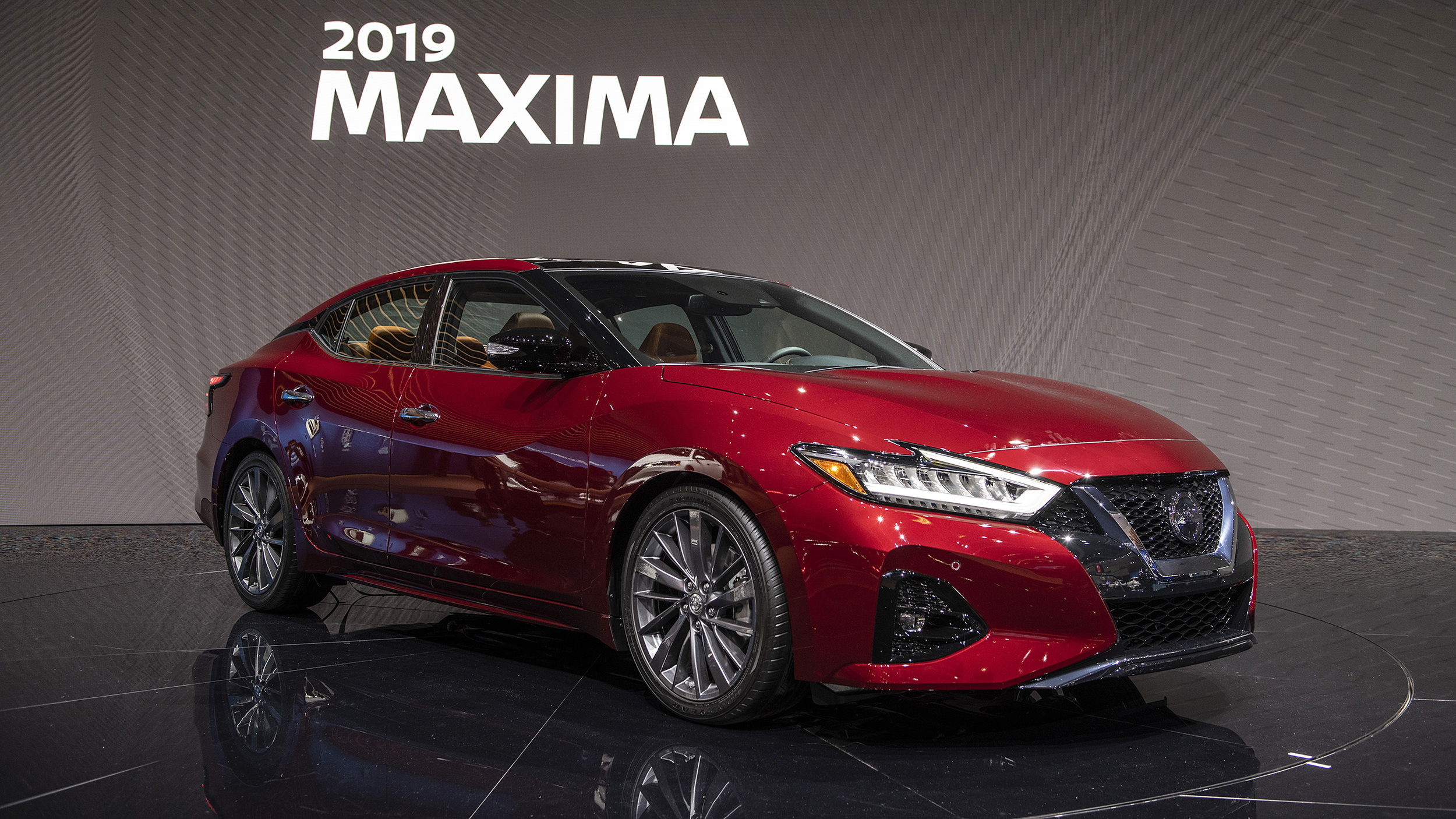2019 Nissan Maxima gets more tech amid modest updates ...