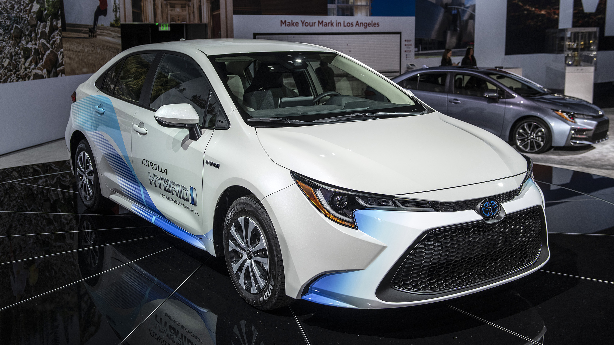 Toyota Certified Pre Owned >> 2020 Toyota Corolla Hybrid, sedan fuel economy announced ...