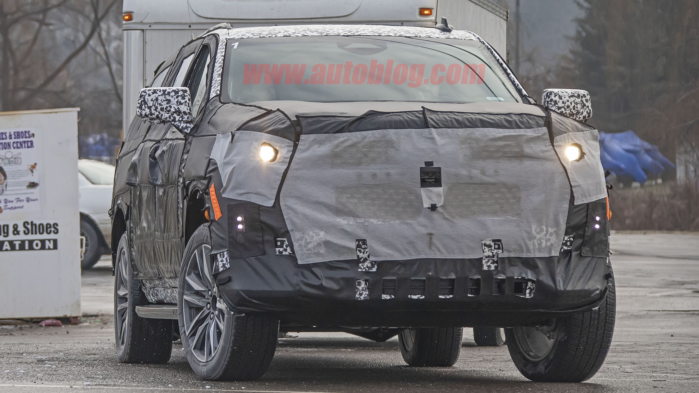 2020 Cadillac Escalade Spy Shots Photo Gallery Autoblog