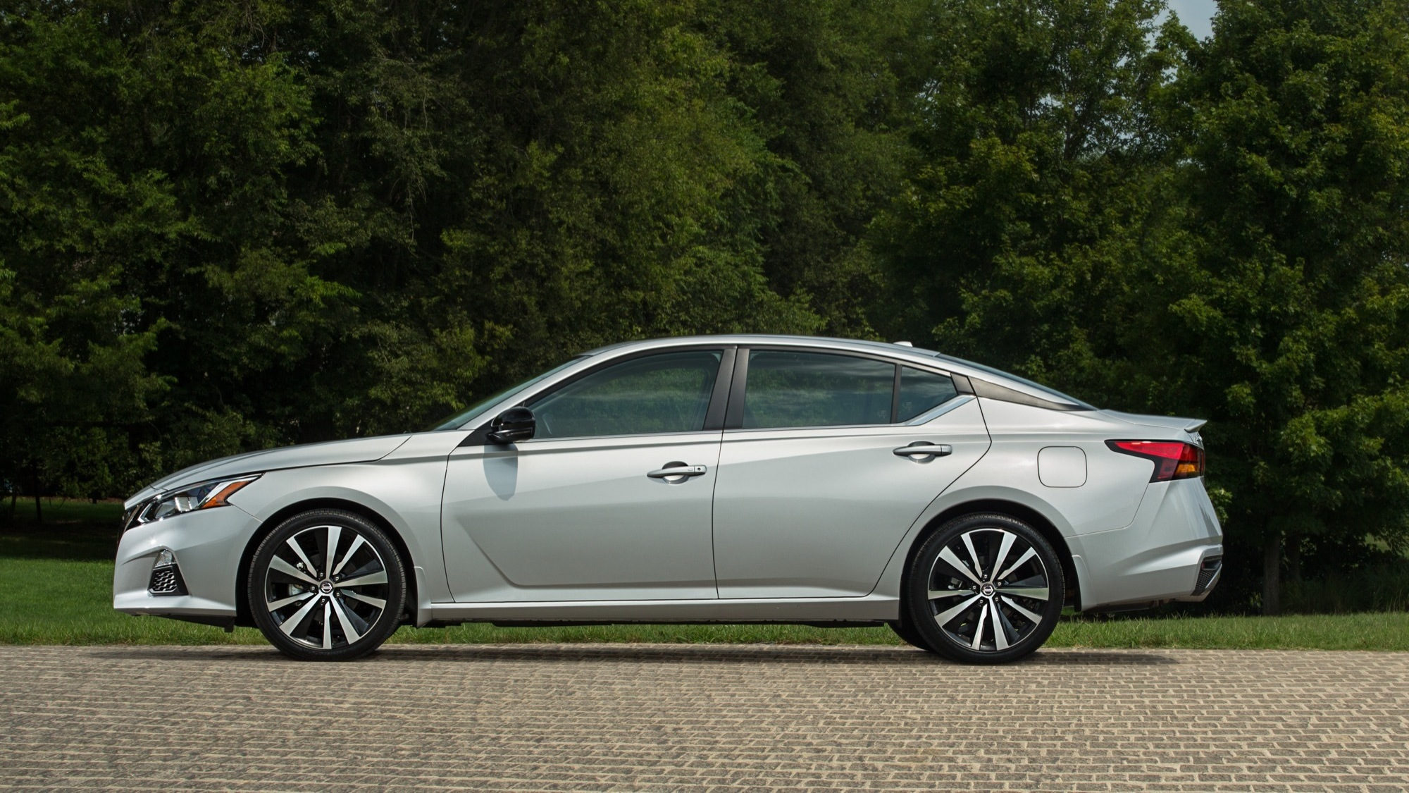 2020 nissan altima price increases  safety features more available