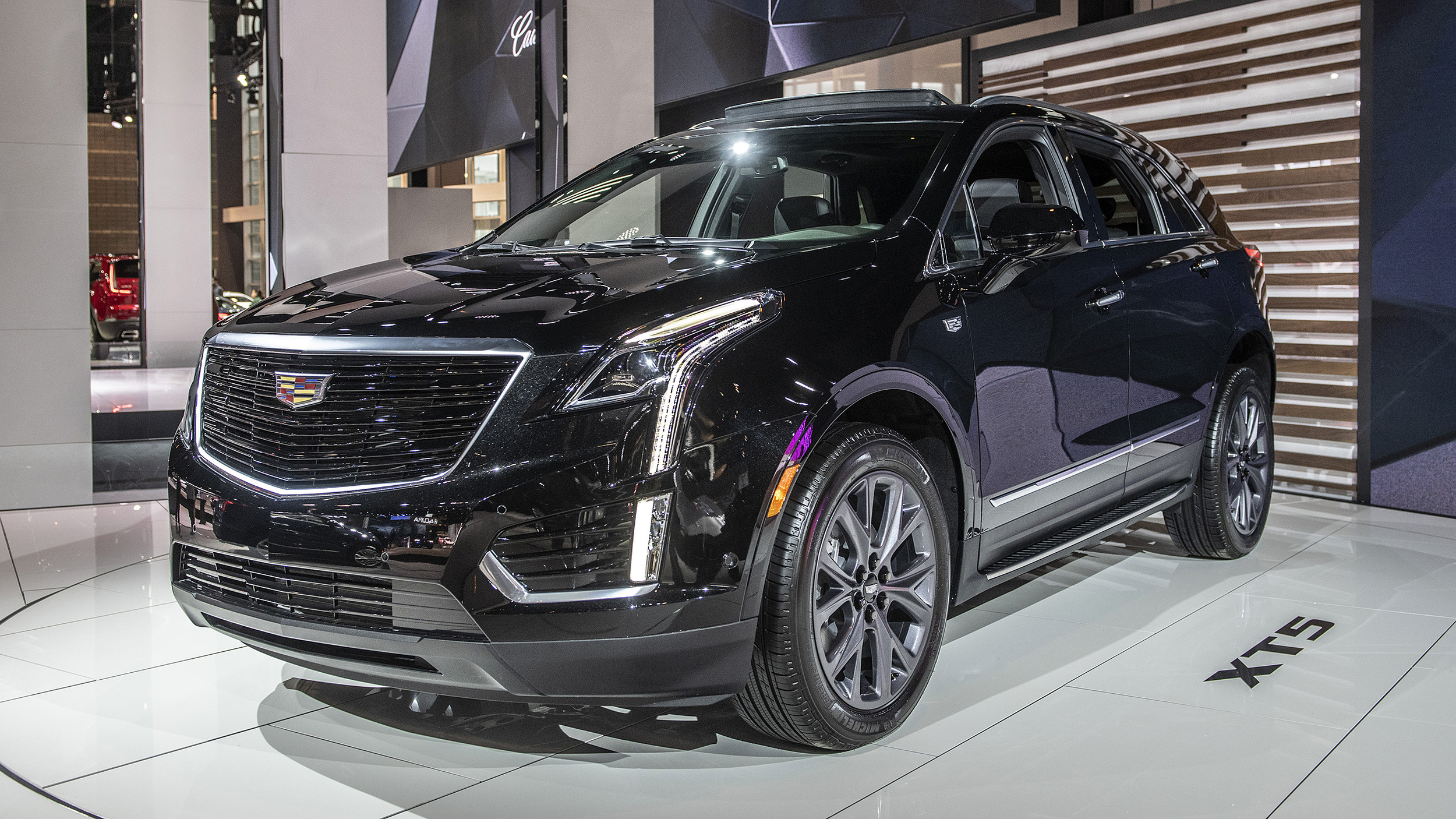 Kia Certified Pre-Owned >> 2019 Cadillac XT5 dons Sport package duds | Autoblog