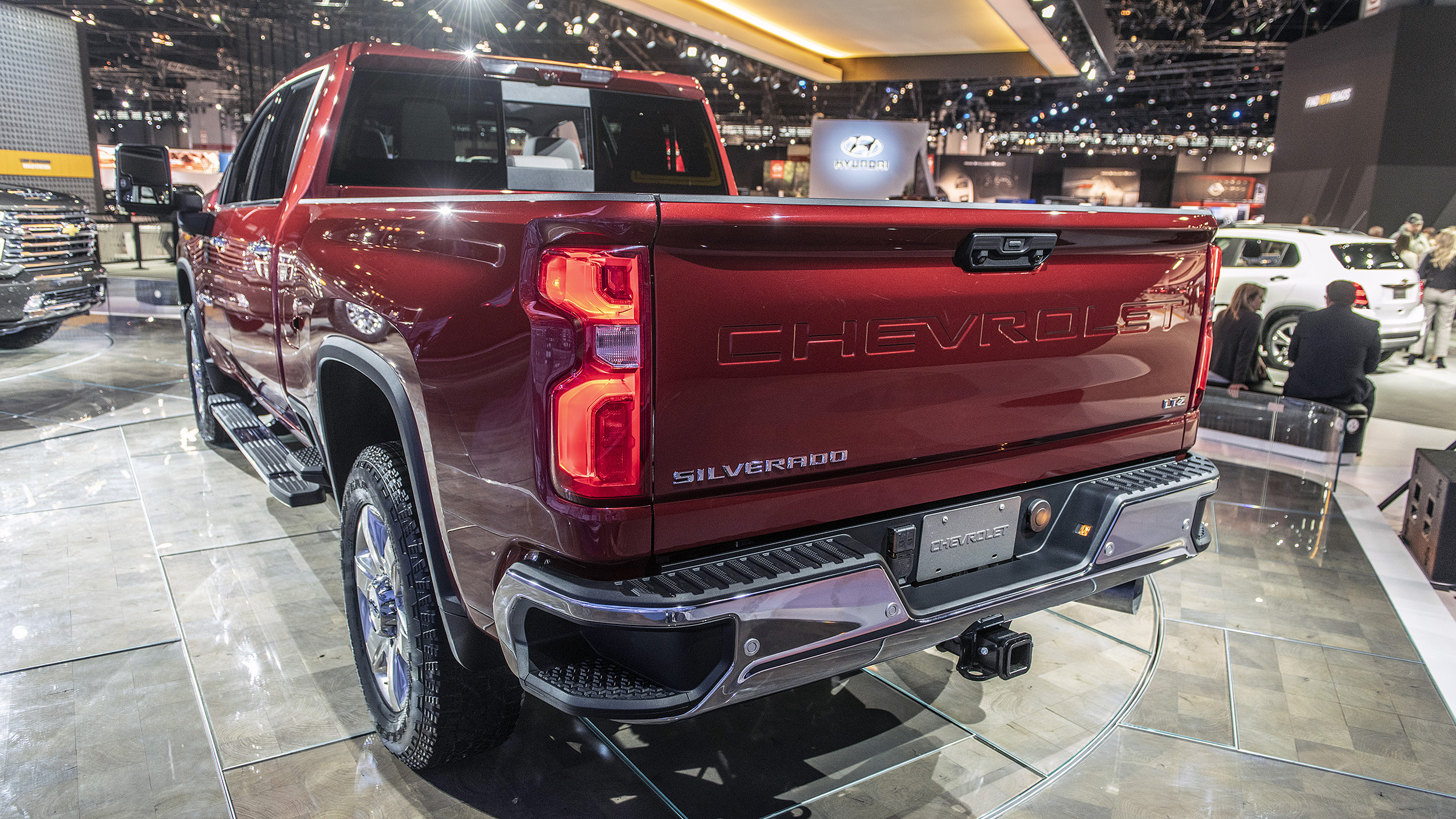 2020 Chevrolet Silverado HD revealed ahead of Chicago Auto ...