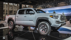 2020 toyota tacoma pickup truck revealed at chicago auto show autoblog. Black Bedroom Furniture Sets. Home Design Ideas