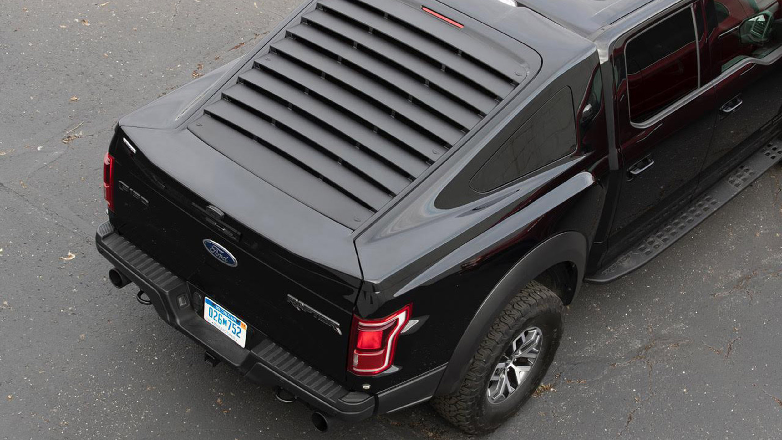 - AeroX Fastback Truck Bed Cap Photo Gallery Autoblog
