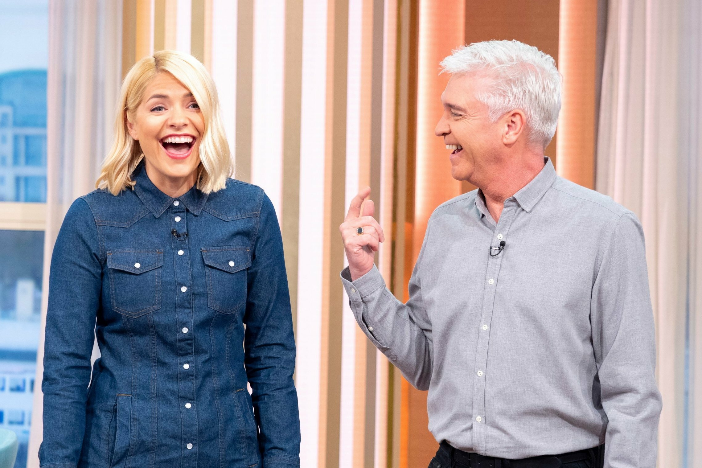 b4ff53ca070e Holly Willoughby drops out of This Morning after sharing heartbreaking  family news