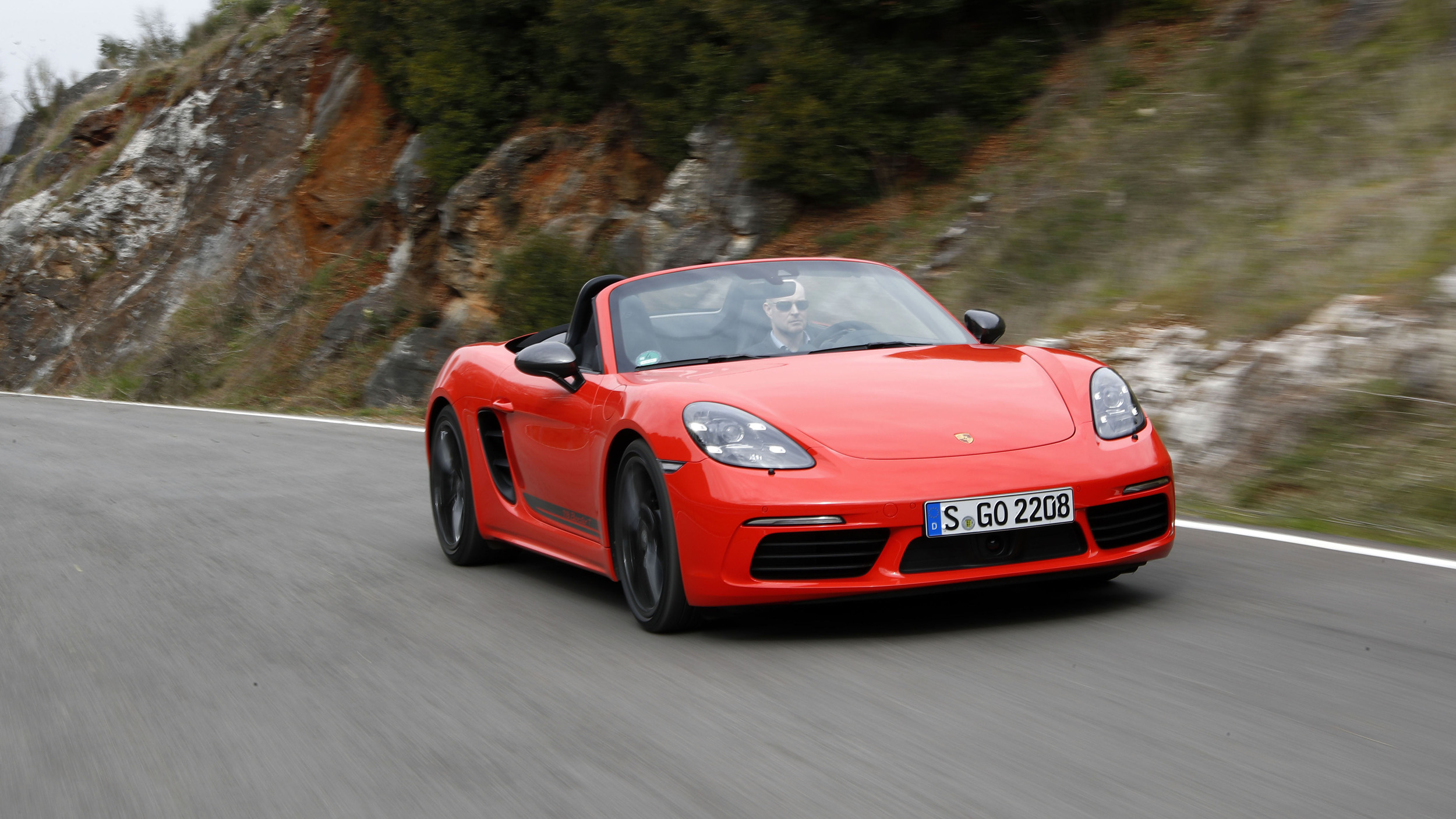 2020 Porsche 718 Boxster T and 718 Cayman T Review | Specs ...