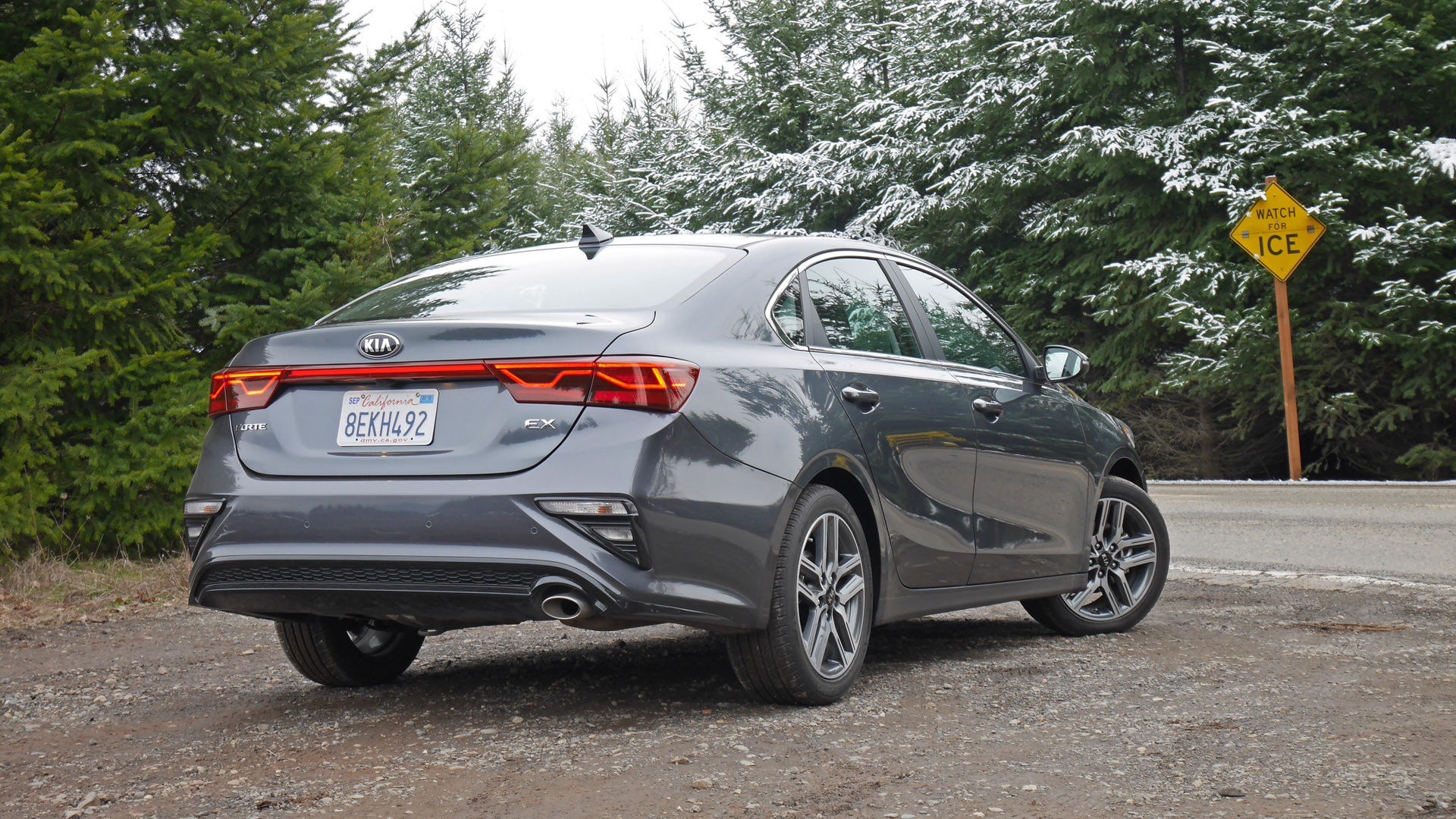 2019 Kia Forte Review Driving And Interior Impressions Of This Compact Sedan Autoblog