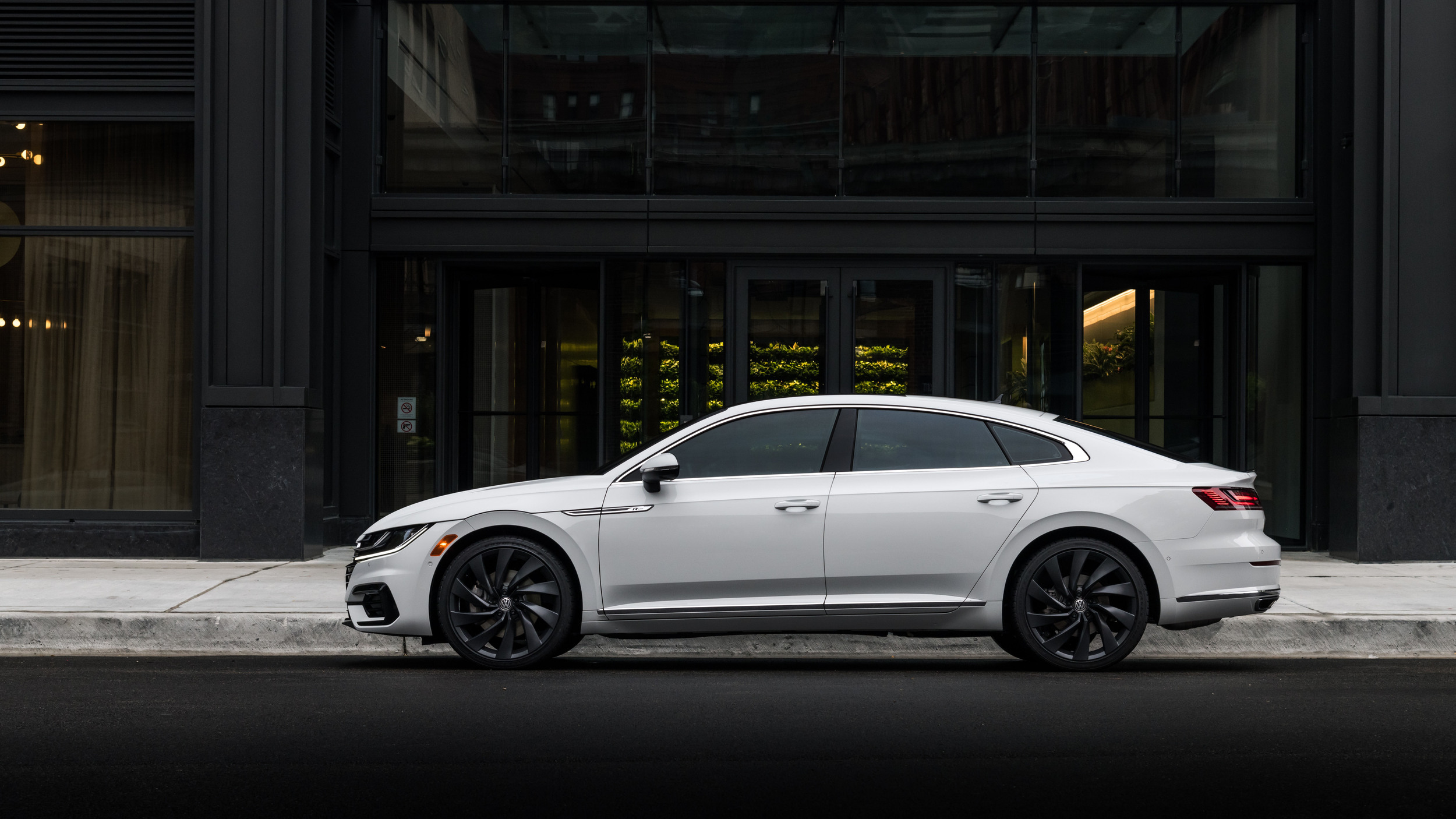 Dealerships That Buy Cars >> VW Arteon pricing announced, arrives at dealers in April ...