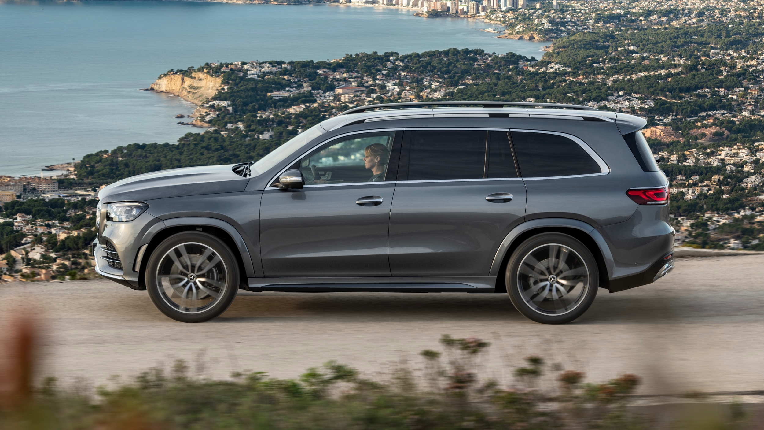 2020 Mercedes-Benz GLS 450 4MATIC starts at $76,195 | Autoblog