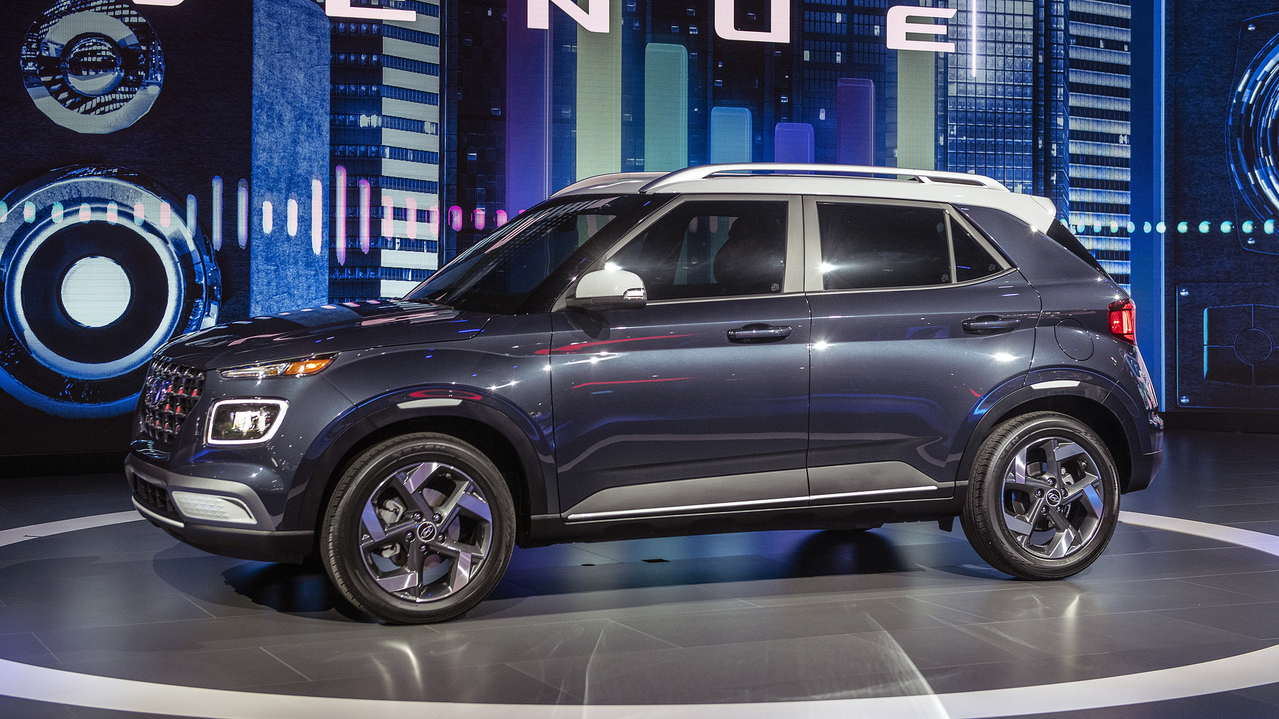 Hyundai Certified Pre-Owned >> 2020 Hyundai Venue subcompact crossover is smaller than ...